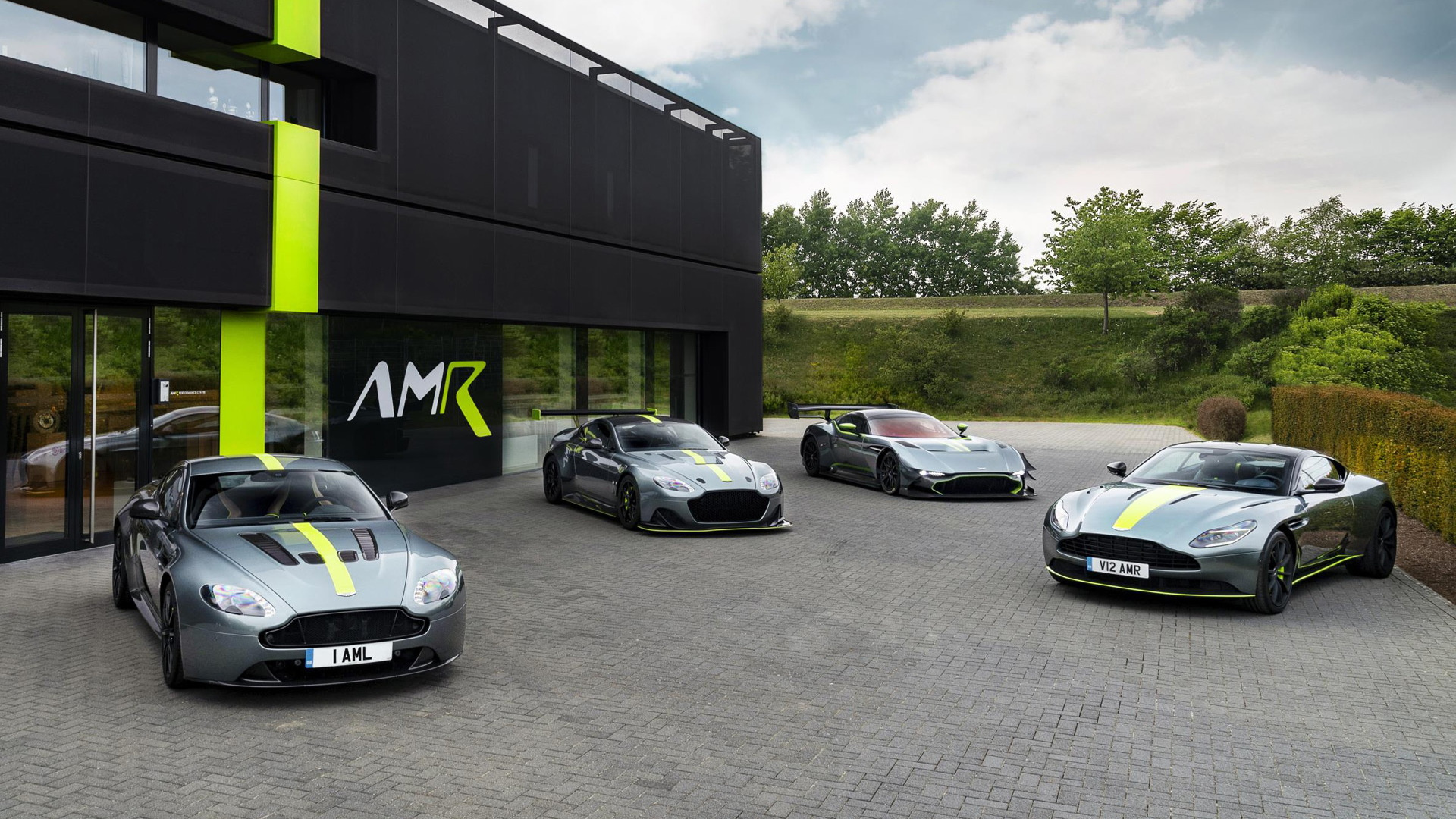 AMR Performance Center