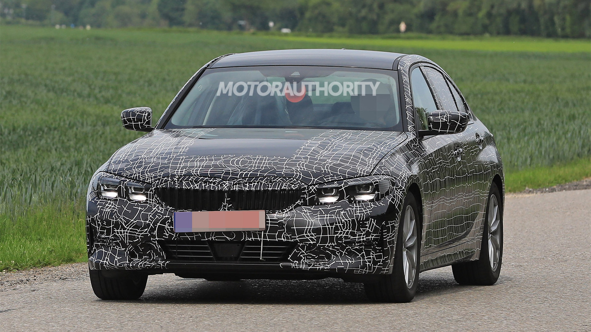 5 BMW 5-Series spy shots and video