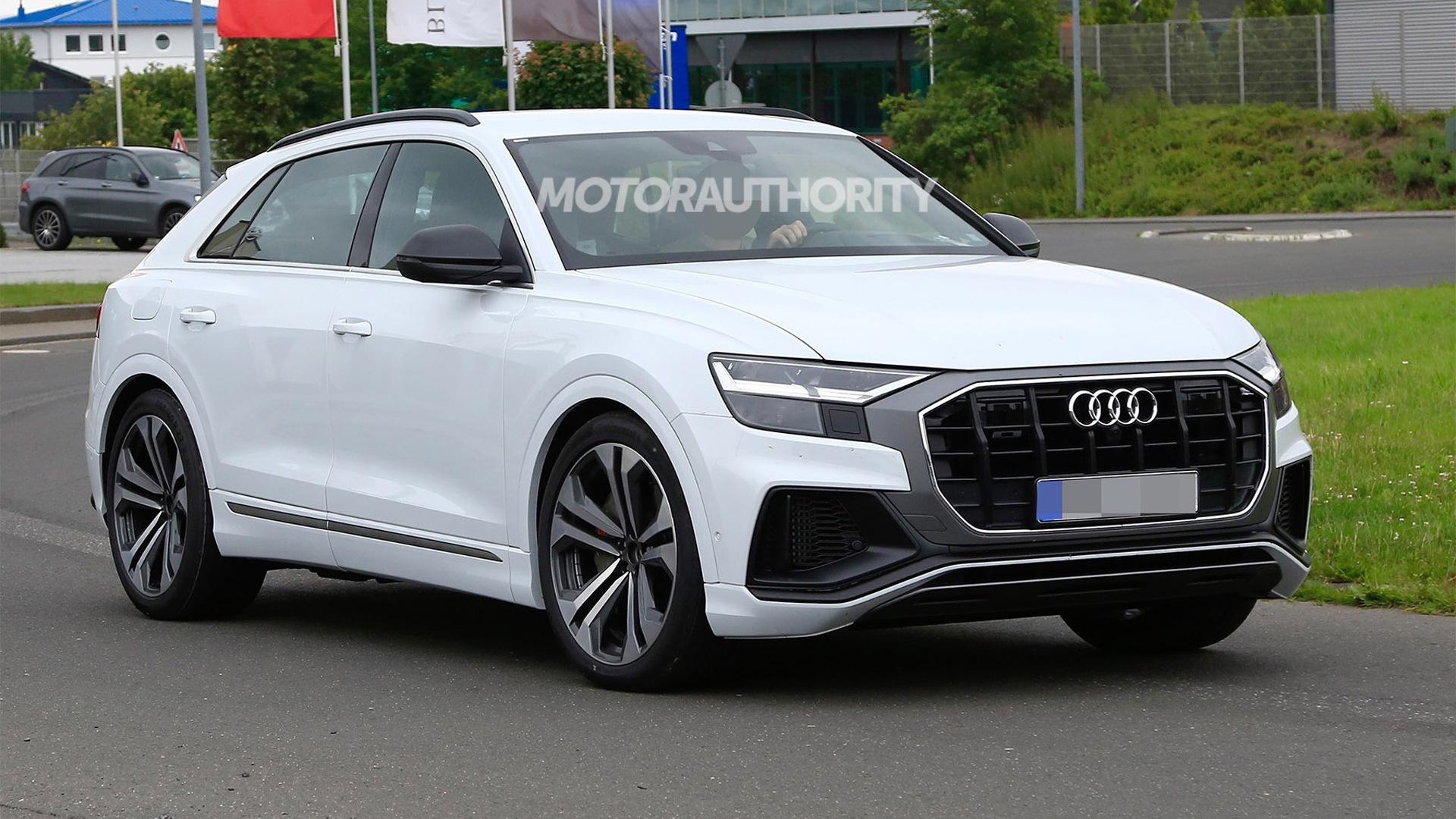 2019 Audi SQ8 spy shots - Image via S. Baldauf/SB-Medien