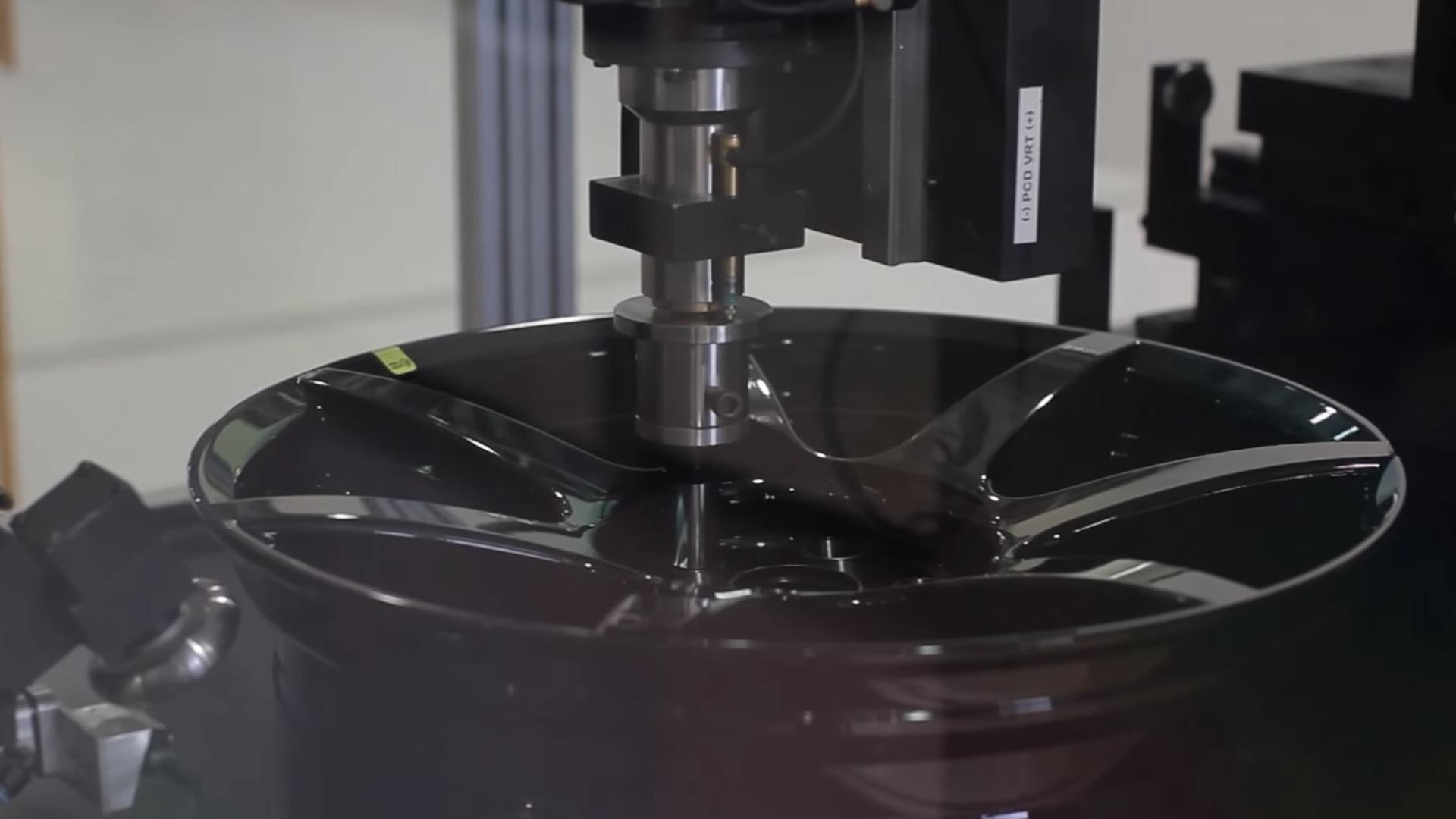 Carbon Revolution carbon-fiber wheel production