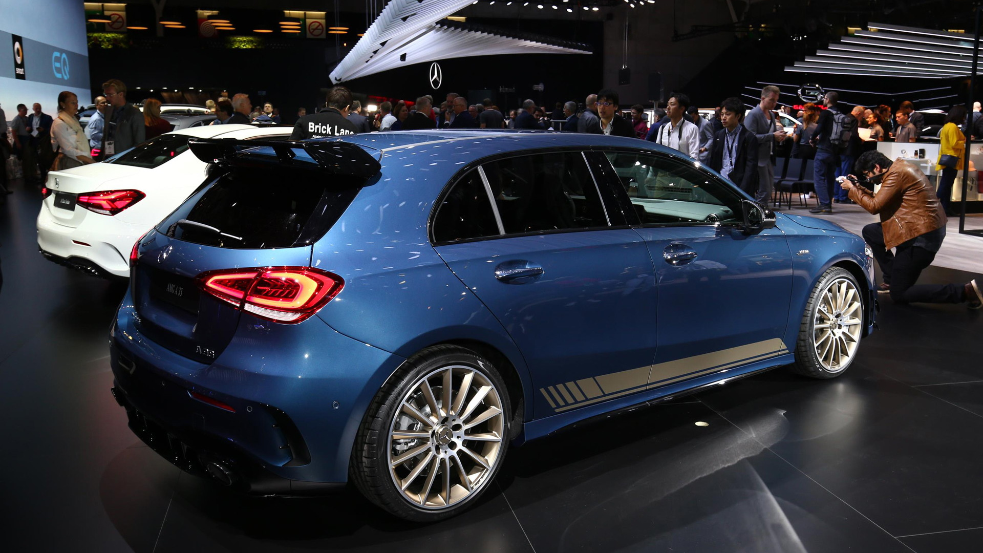 2019 mercedes amg a35 hot hatch revealed with 302 horsepower. Black Bedroom Furniture Sets. Home Design Ideas
