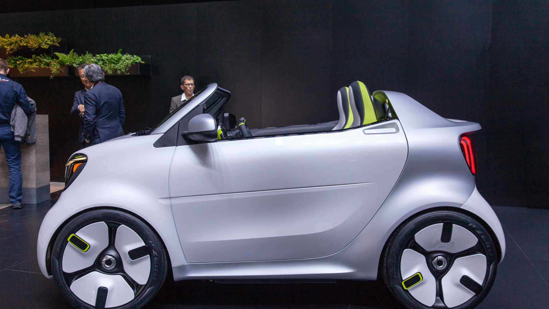 Smart ForEase concept, 2018 Paris auto show