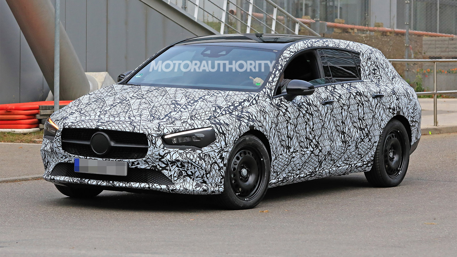 2020 Mercedes-Benz CLA Shooting Brake spy shots - Image via S. Baldauf/SB-Medien