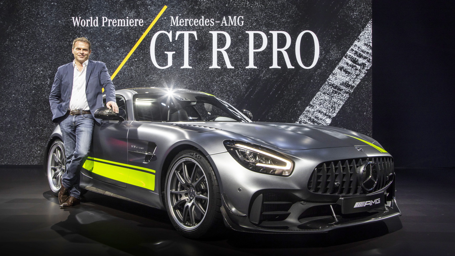 Tobias Moers with the 2020 Mercedes-AMG GT R Pro at the 2018 LA Auto Show