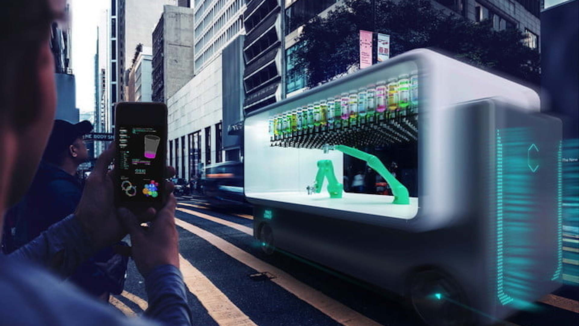 Makr Shakr Guido self-driving bar