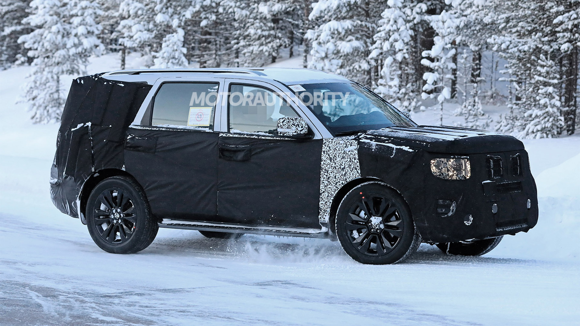 2020 Kia Borrego Spy Shots