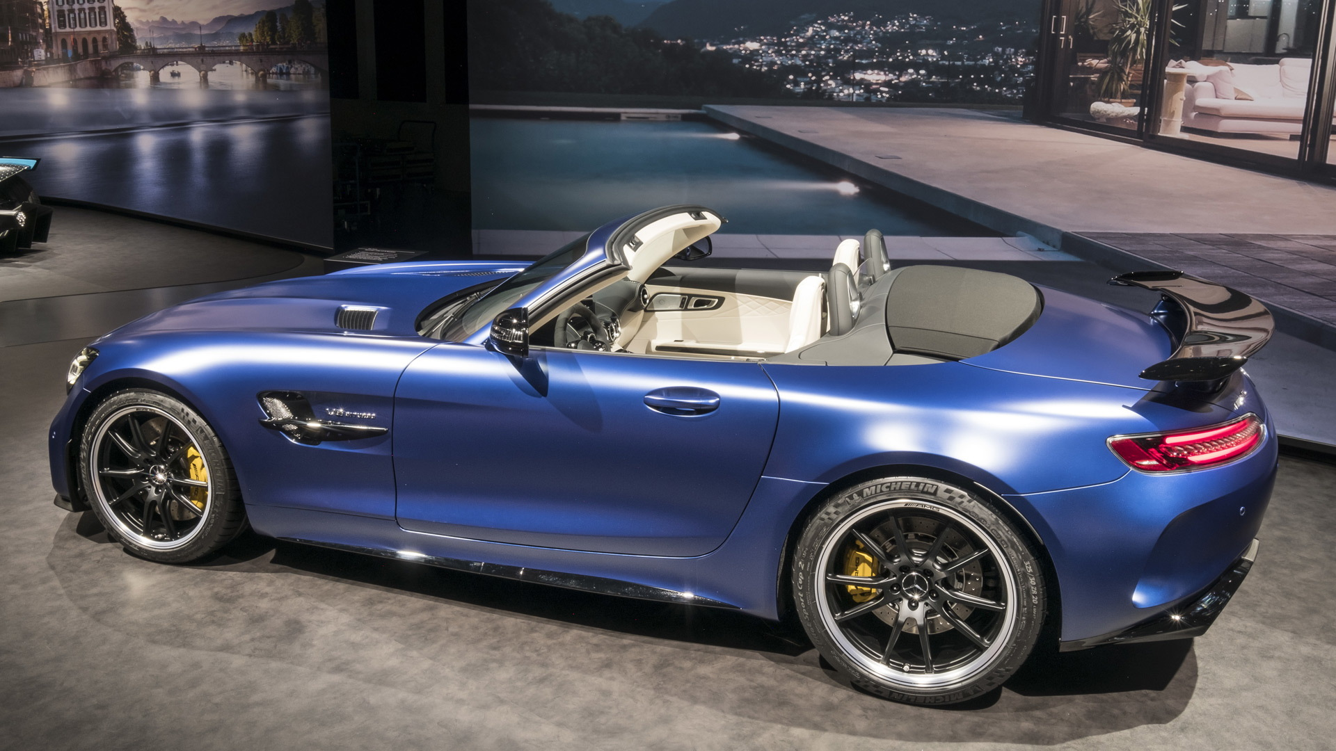 Mercedes Amg Gt R Roadster Ready To Rock Your World