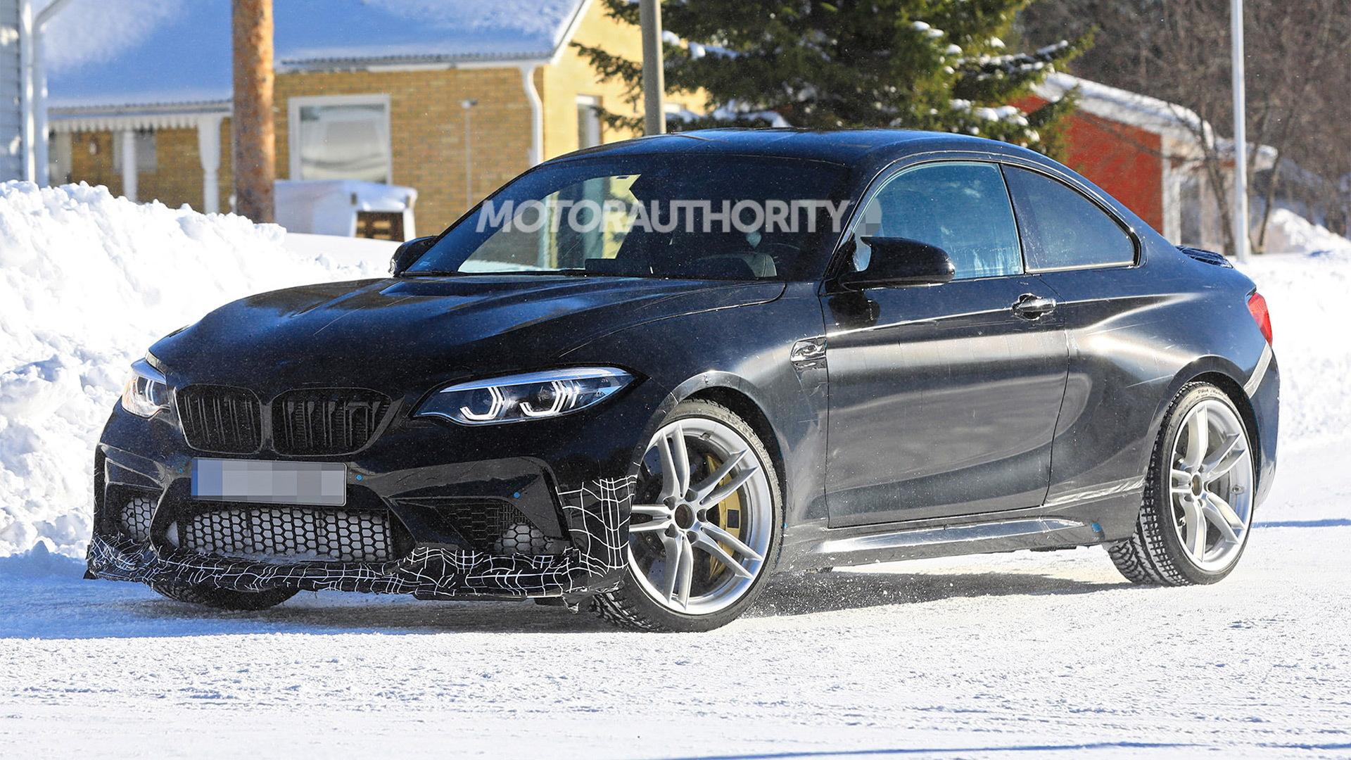 2020 BMW M2 CS spy shots - Image via S. Baldauf/SB-Medien
