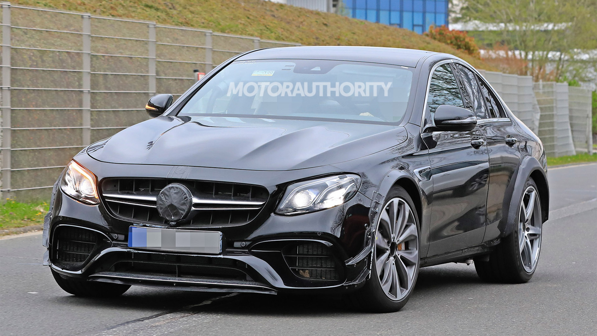 Possible test mule for 2022 Mercedes-Benz SL-Class - Image via S. Baldauf/SB-Medien
