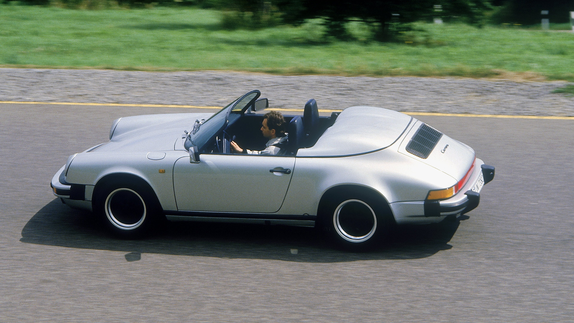 1989 Porsche 911 Carrera 3.2 Speedster