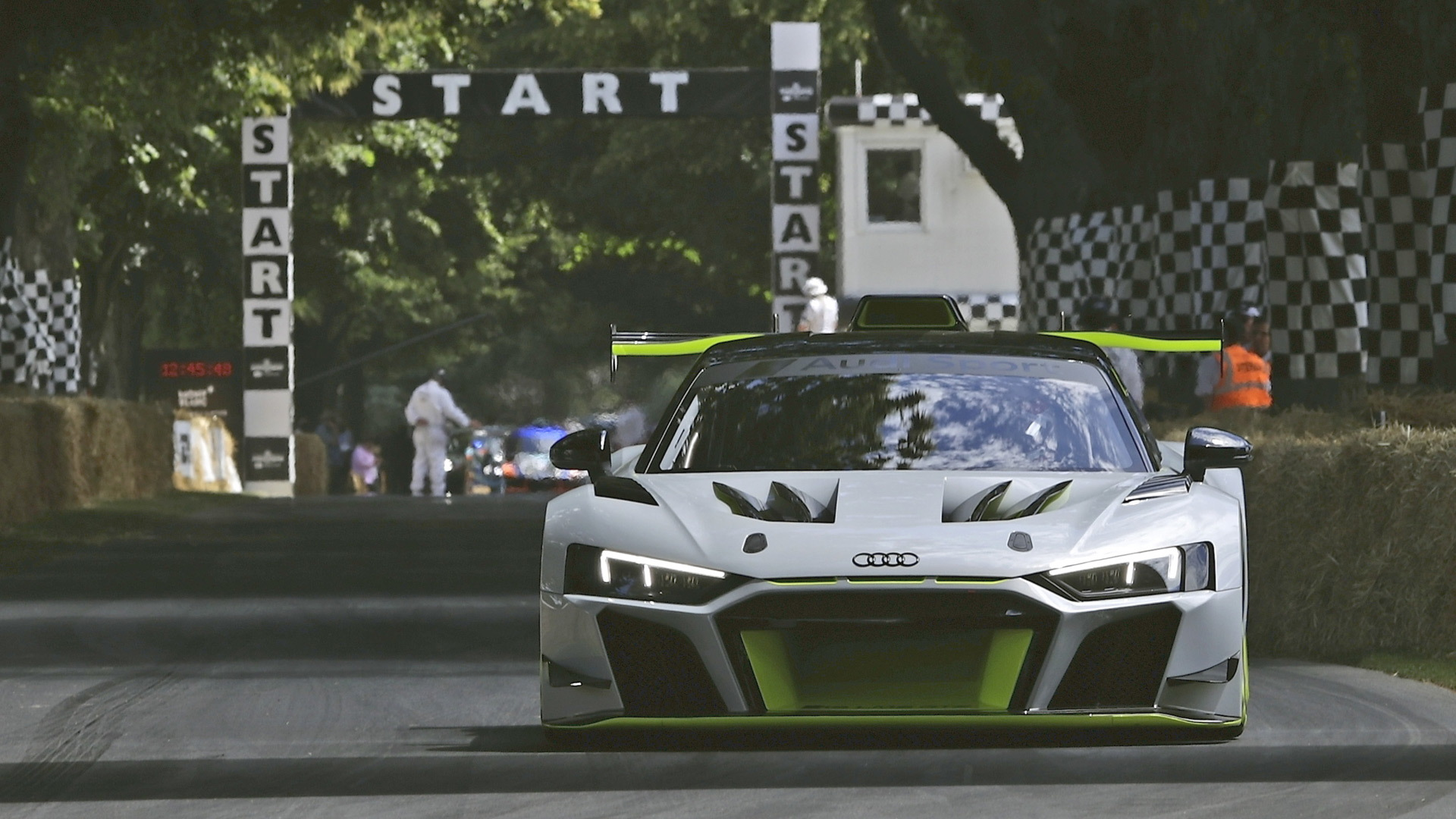 Audi R8 LMS GT2 debuts at Goodwood