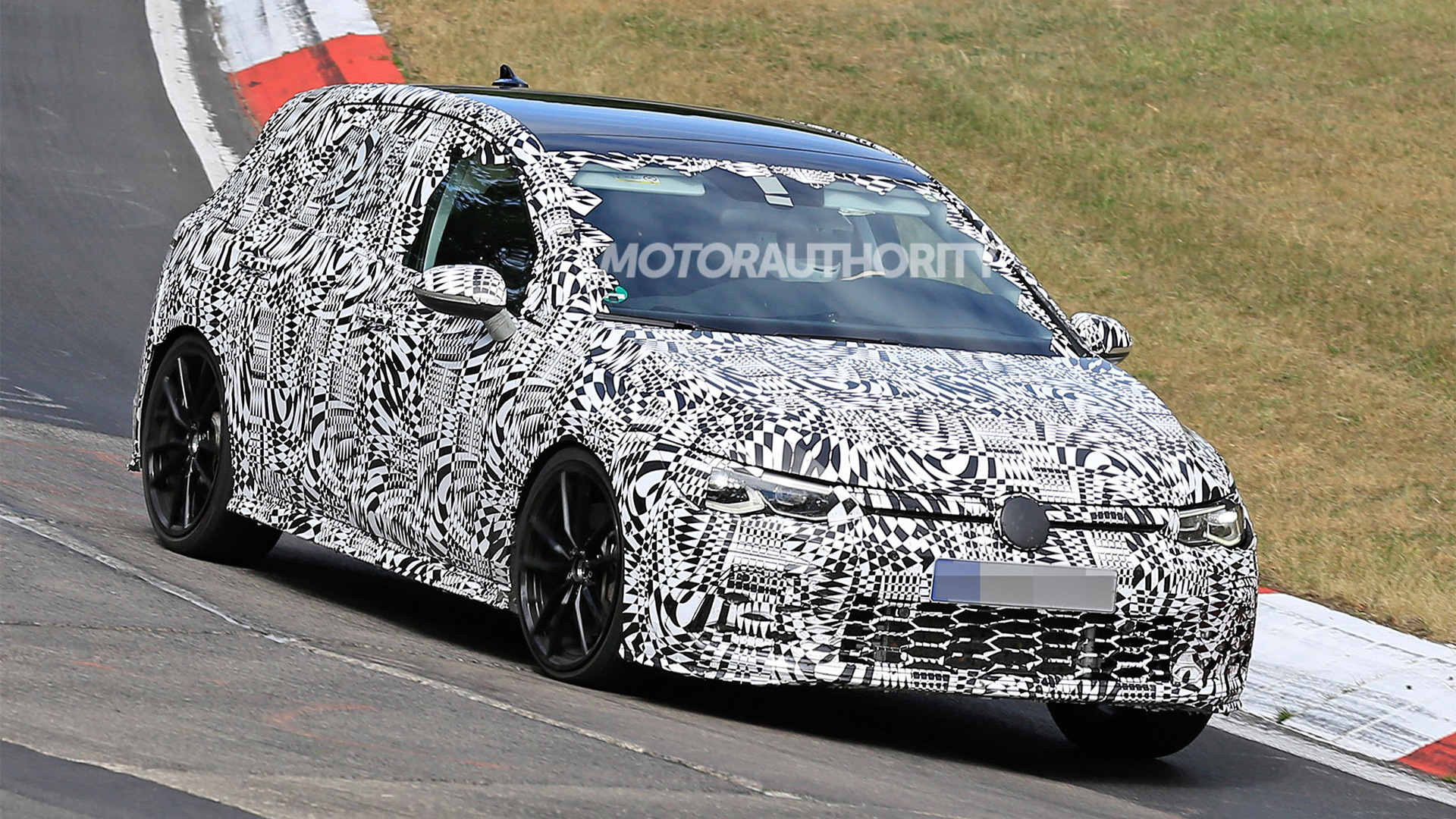 2021 Volkswagen Golf GTI spy shots - Image via S. Baldauf/SB-Medien