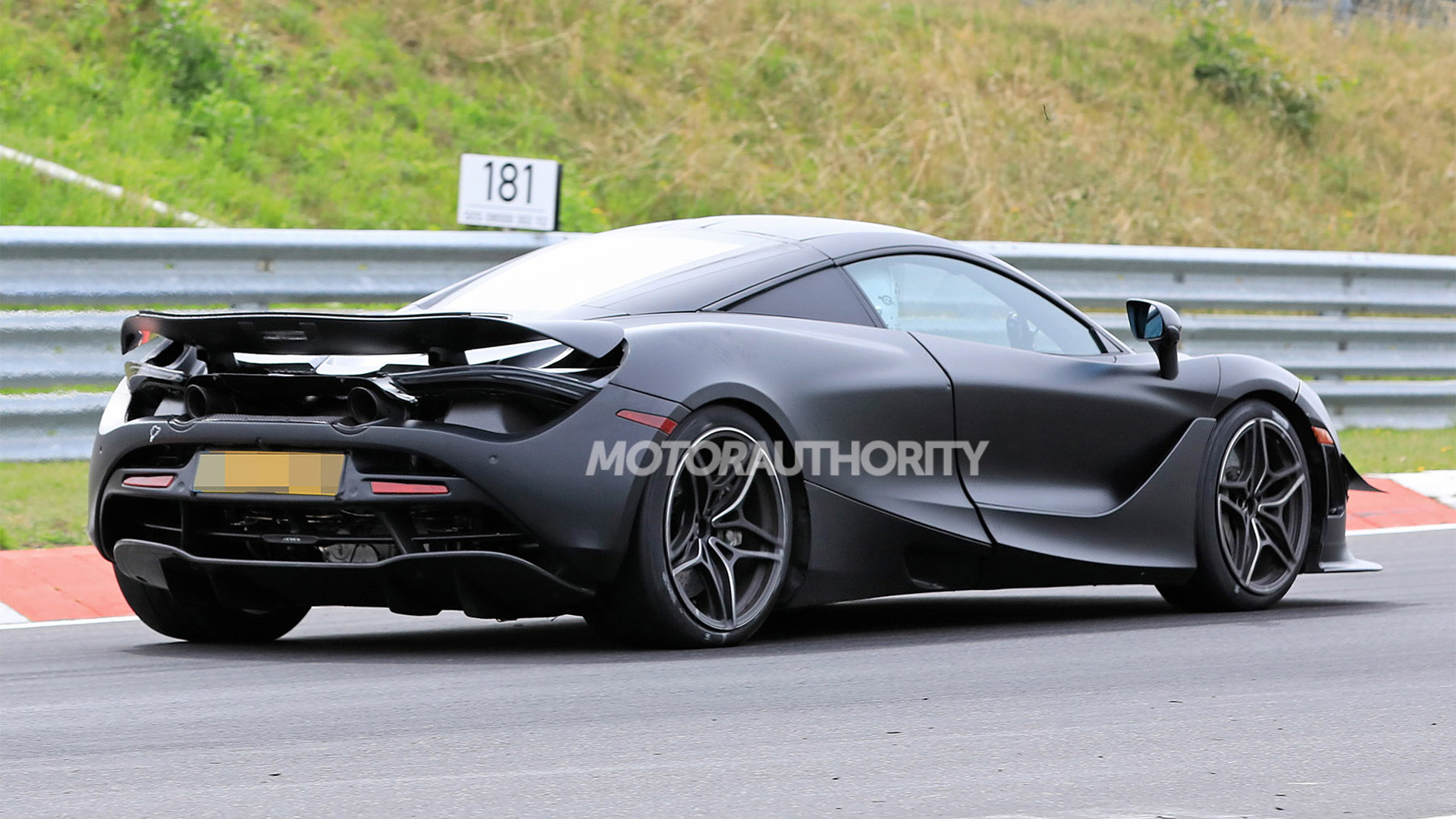 2021 McLaren 750LT test mule spy shots - Photo credit: S. Baldauf/SB-Medien