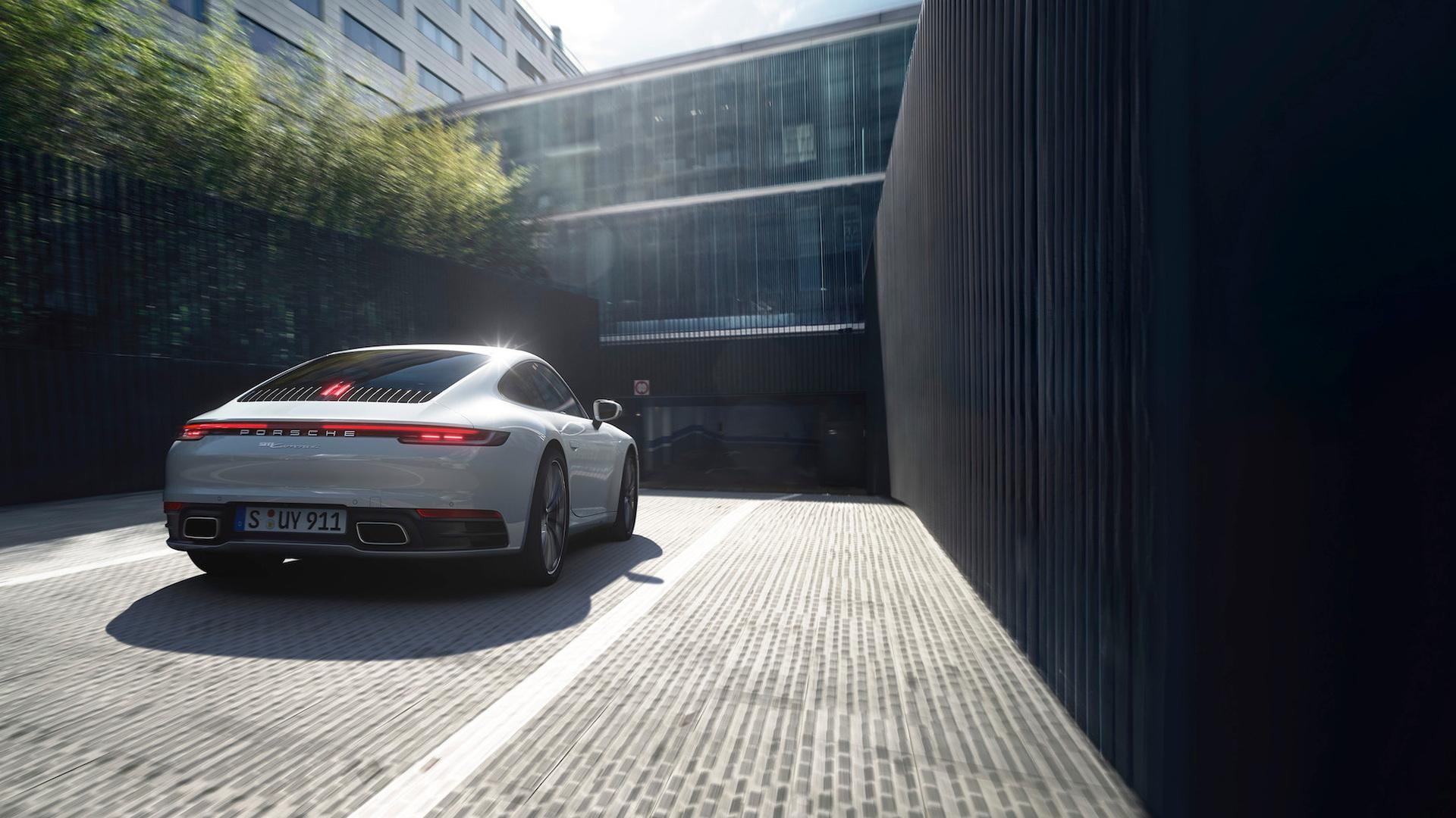 Porsche 911 Carrera 4 Arrives As The Four-Season Sports Car