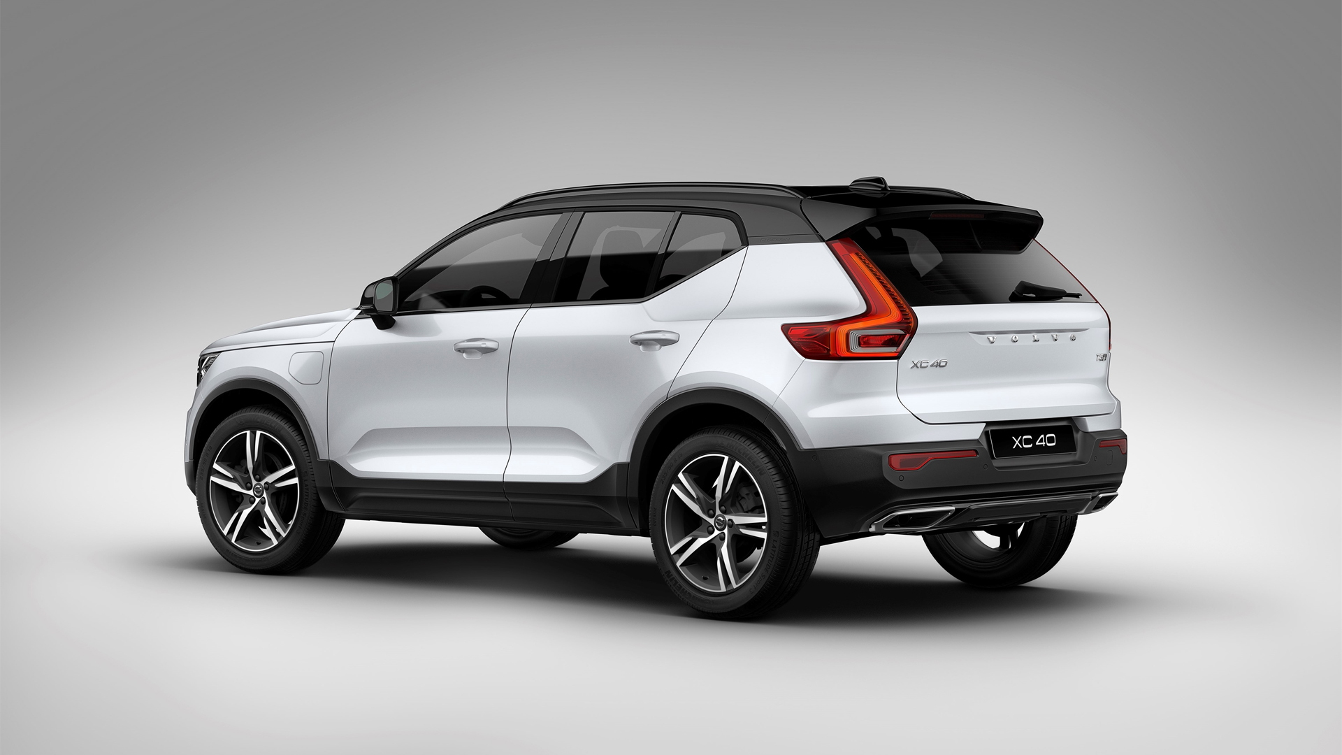 2020 Volvo XC40 PHEV Arrives In The UK, Still No Concrete