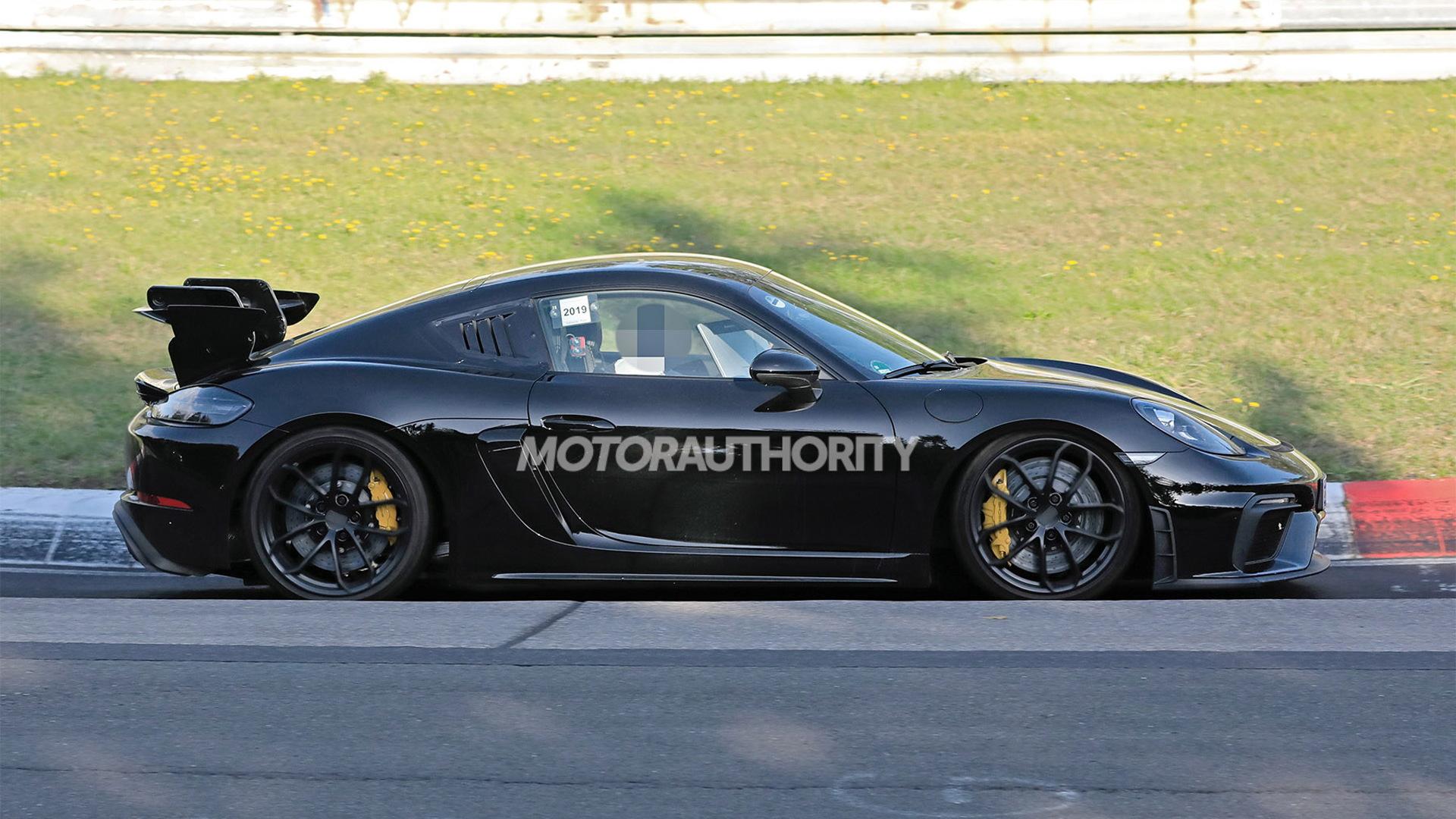 2021 Porsche 718 Cayman GT4 RS spy shots - Photo credit: S. Baldauf/SB-Medien