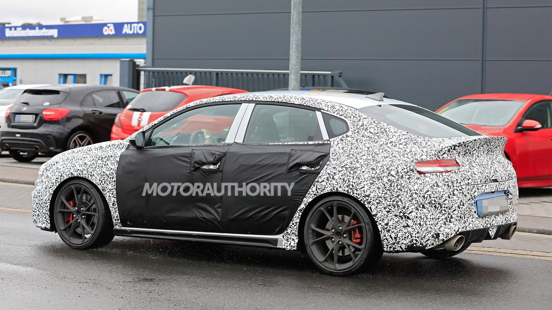 2021 Hyundai i30 Fastback N facelift spy shots - Photo credit: S. Baldauf/SB-Medien