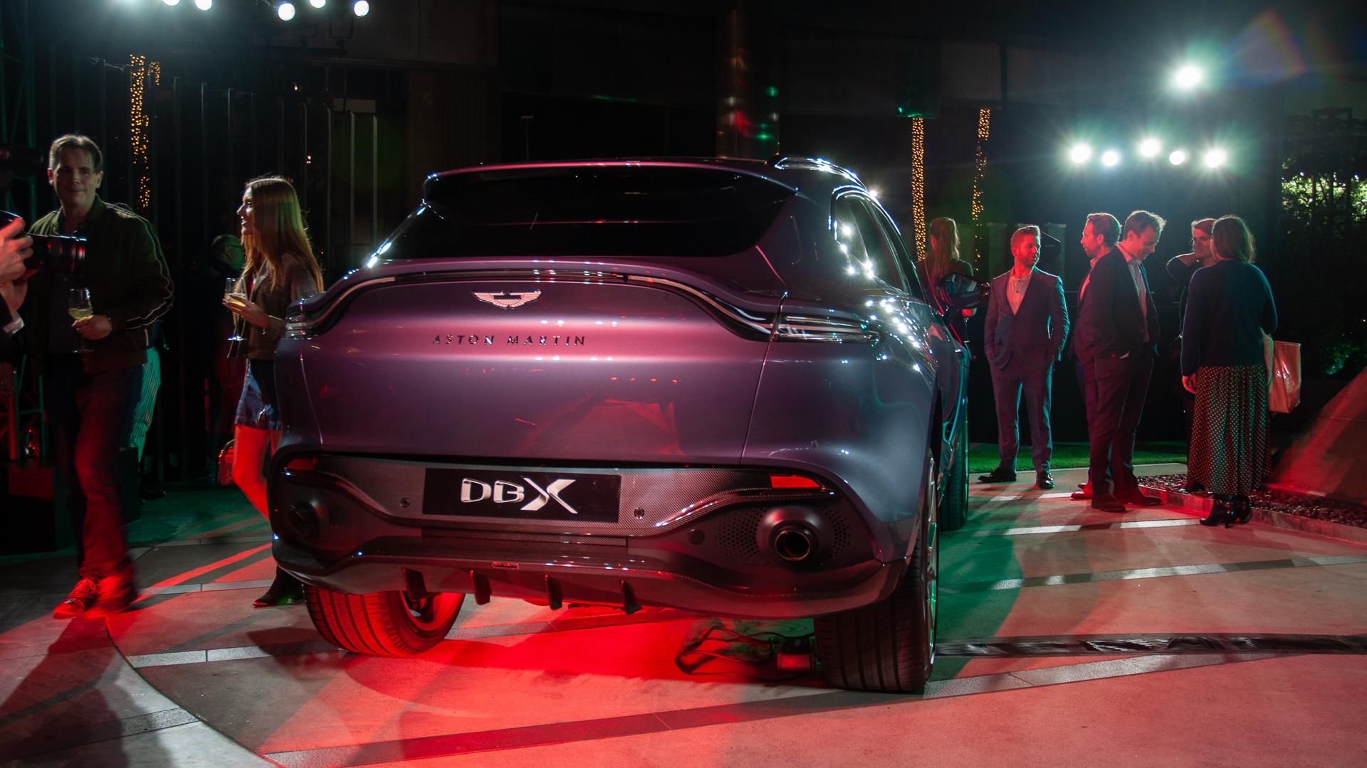 2021 Aston Martin DBX, 2019 LA Auto Show