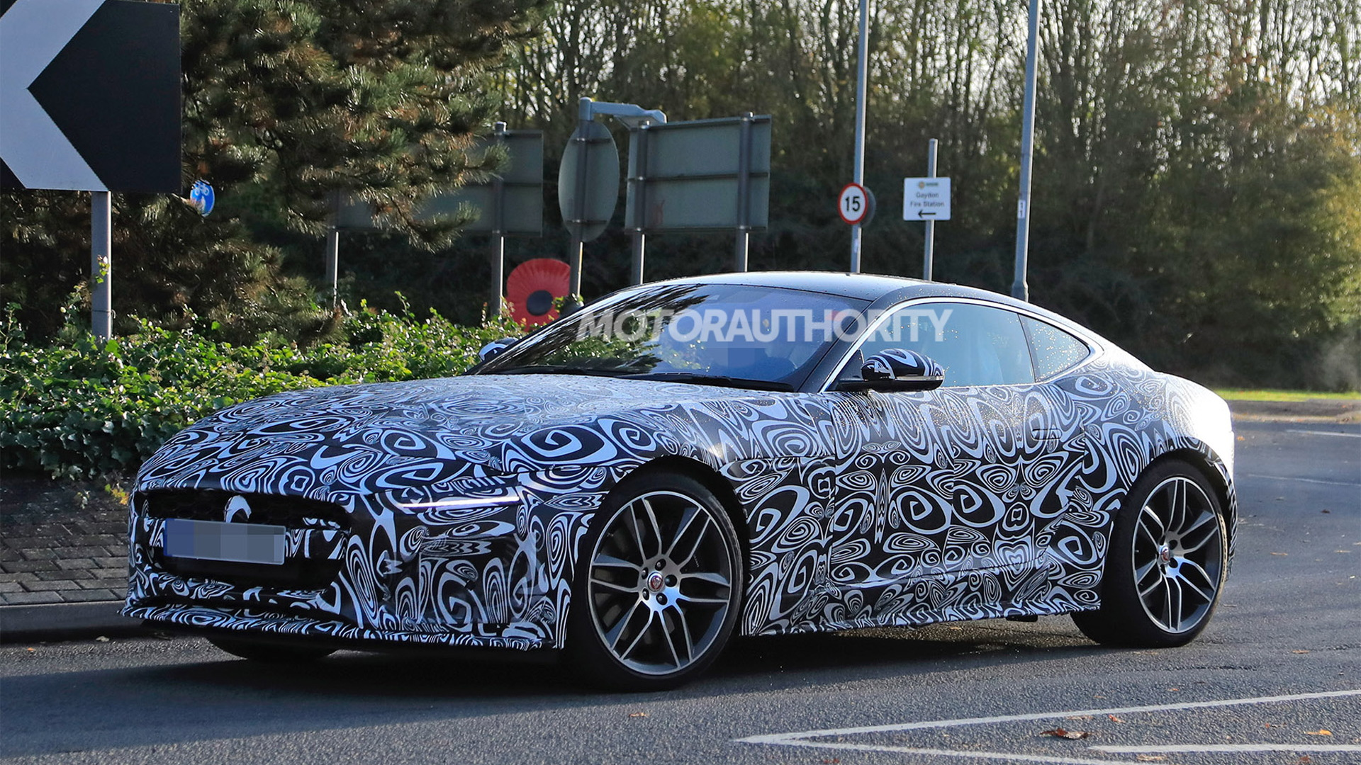2021 Jaguar F-Type facelift spy shots - Photo credit: S. Baldauf/SB-Medien