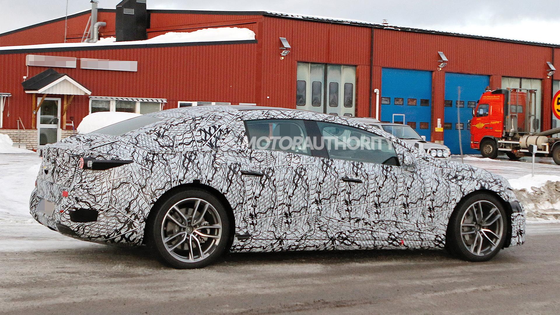 2021 Mercedes-Benz EQS spy shots - Photo credit: S. Baldauf/SB-Medien