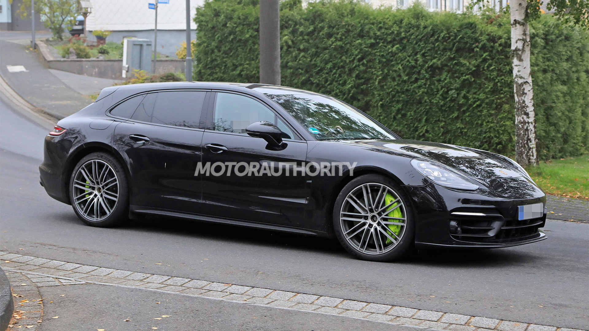 Electric Porsche Taycan Turbo hit with disappointing 201-mile range rating