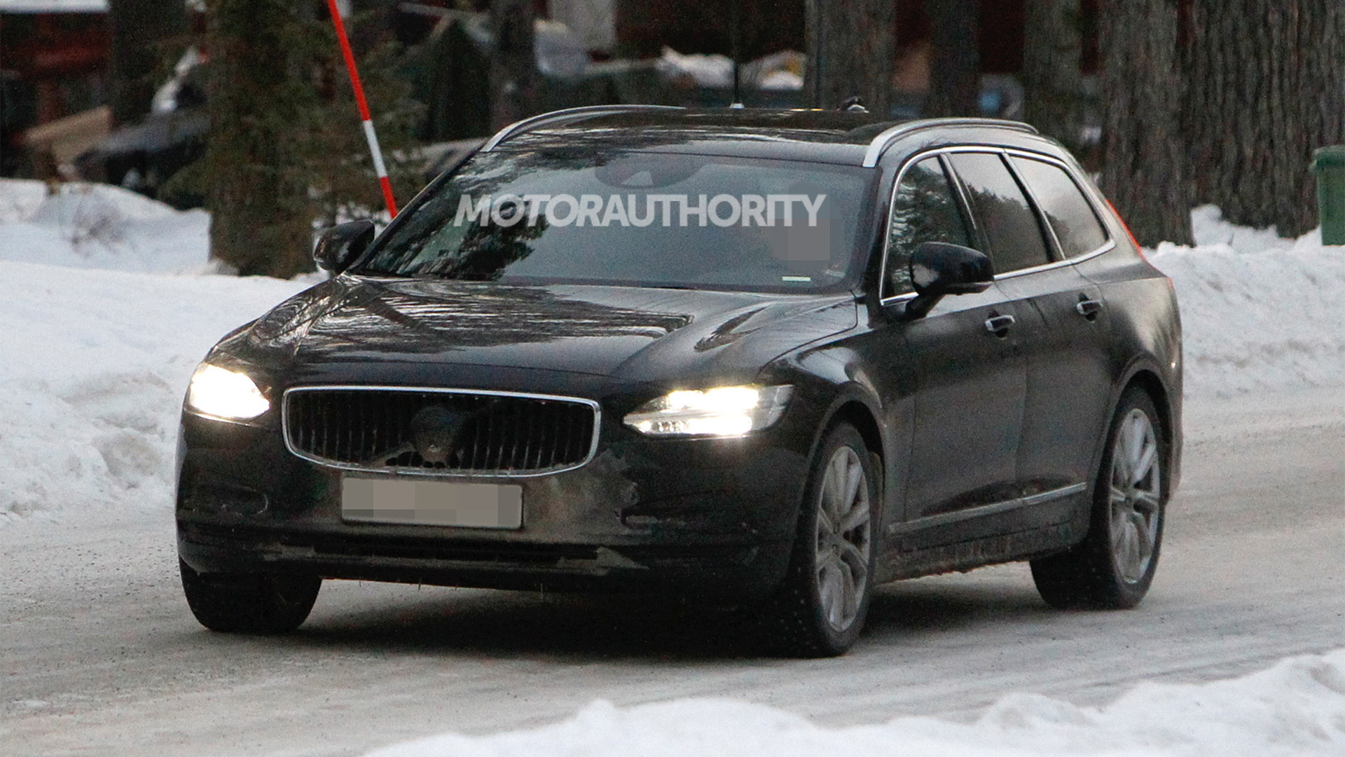 2021 Volvo V90 facelift spy shots - Photo credit: S. Baldauf/SB-Medien