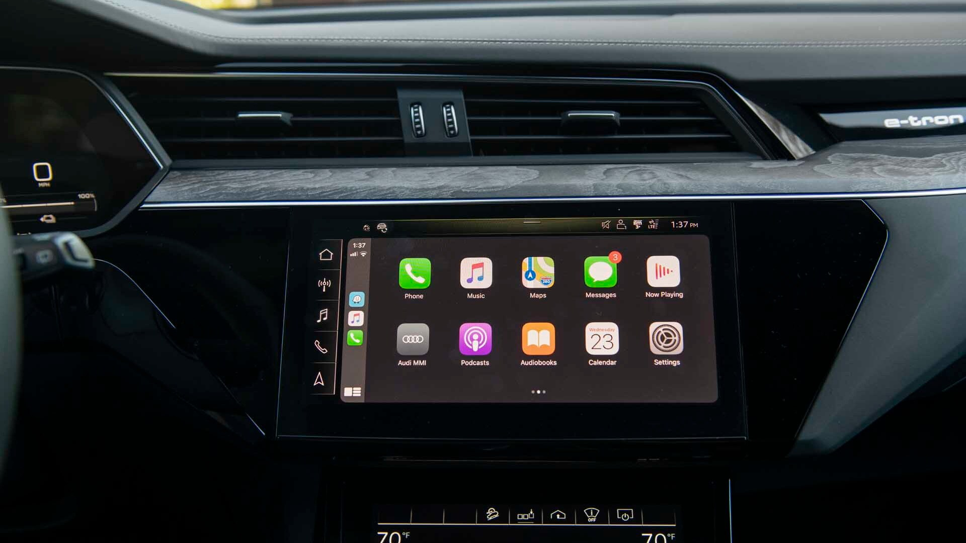 2019 Audi E-Tron Apple CarPlay