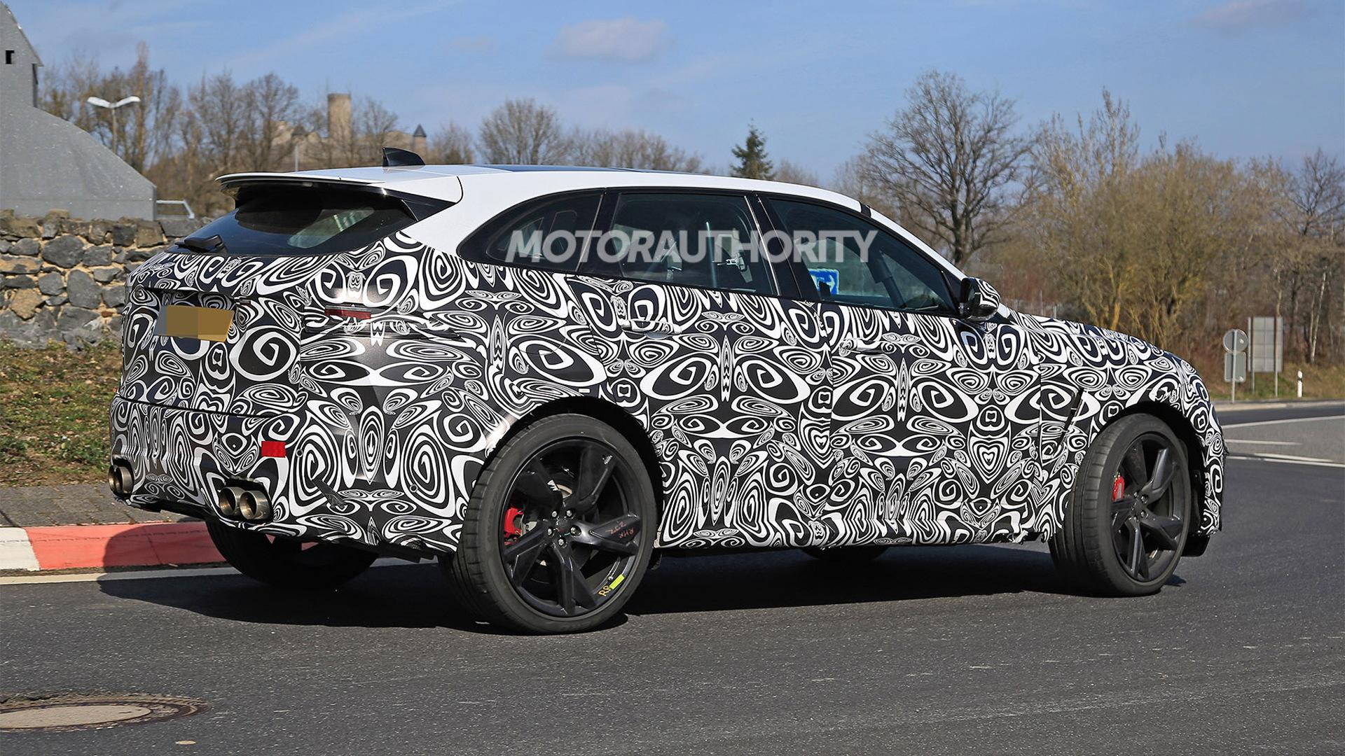 2021 Jaguar F-Pace SVR spy shots and video