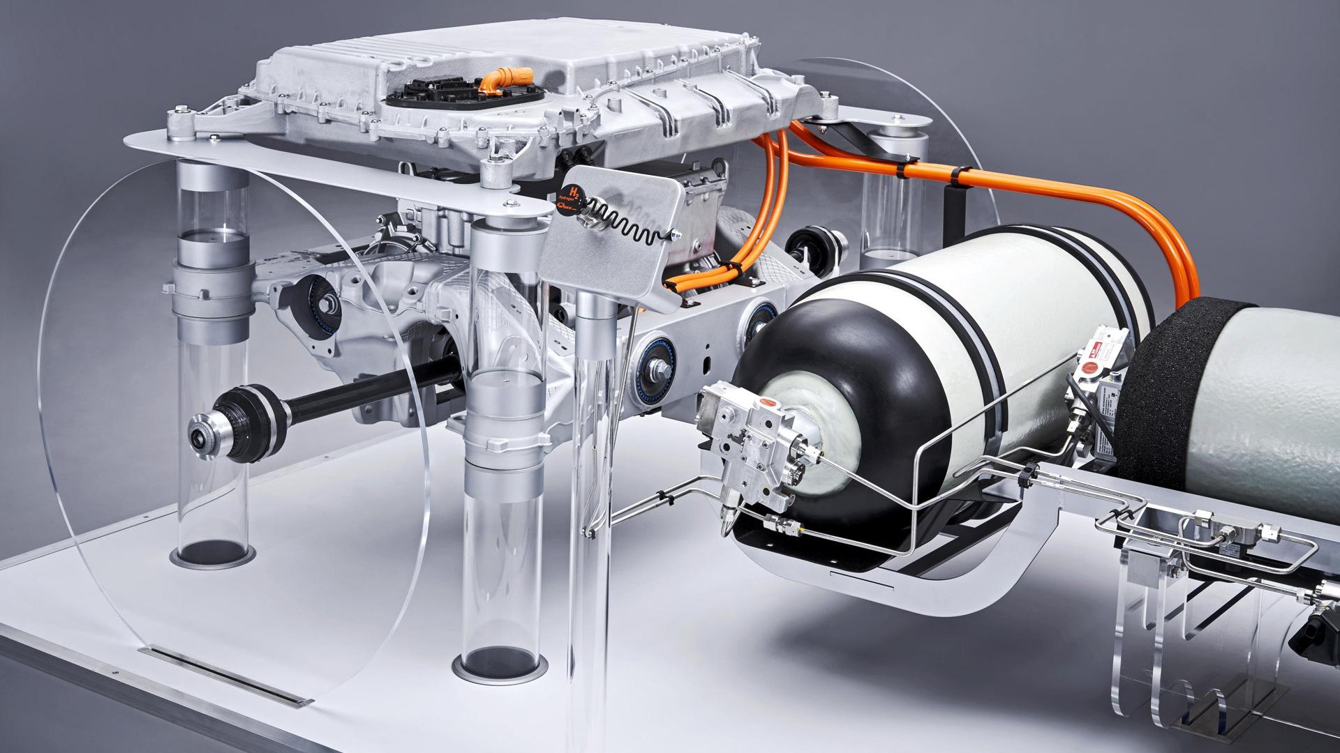 BMW hydrogen-electric powertrain entering production in 2022