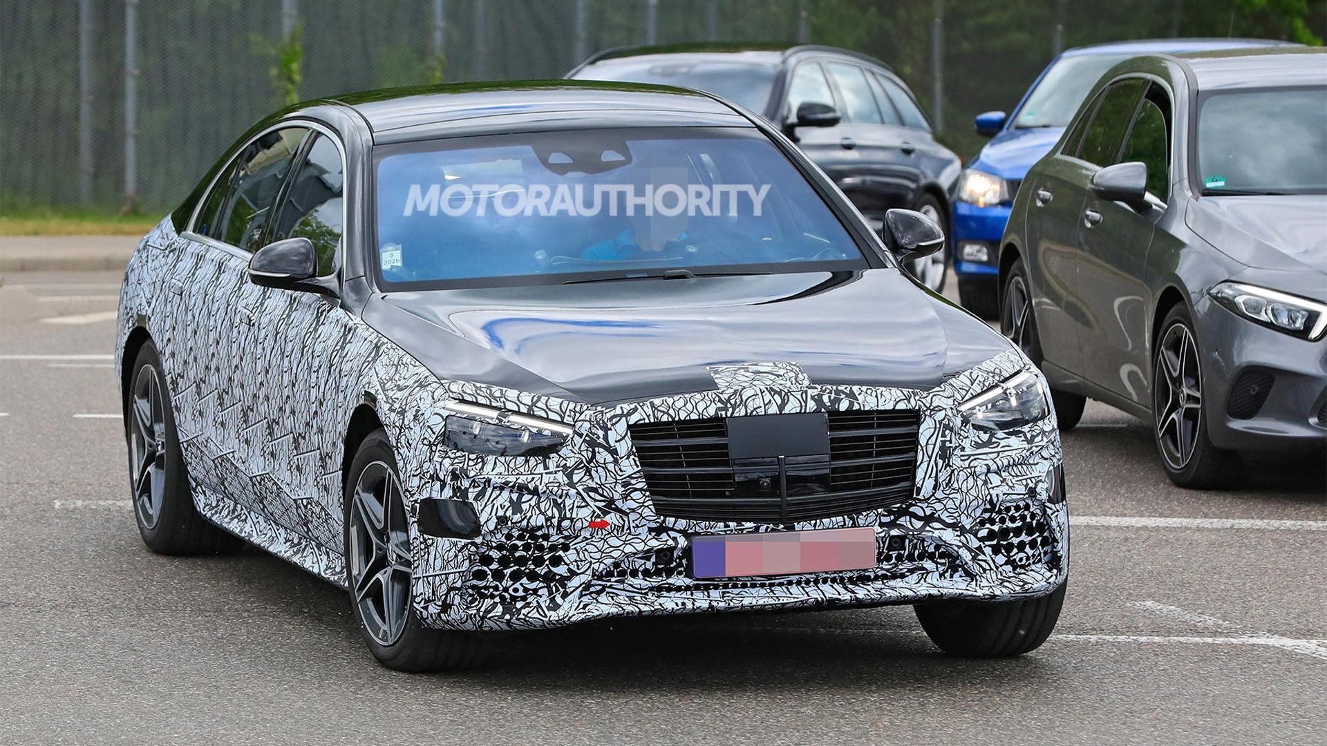 2021 Mercedes-Benz S-Class spy shots - Photo credit: S. Baldauf/SB-Medien