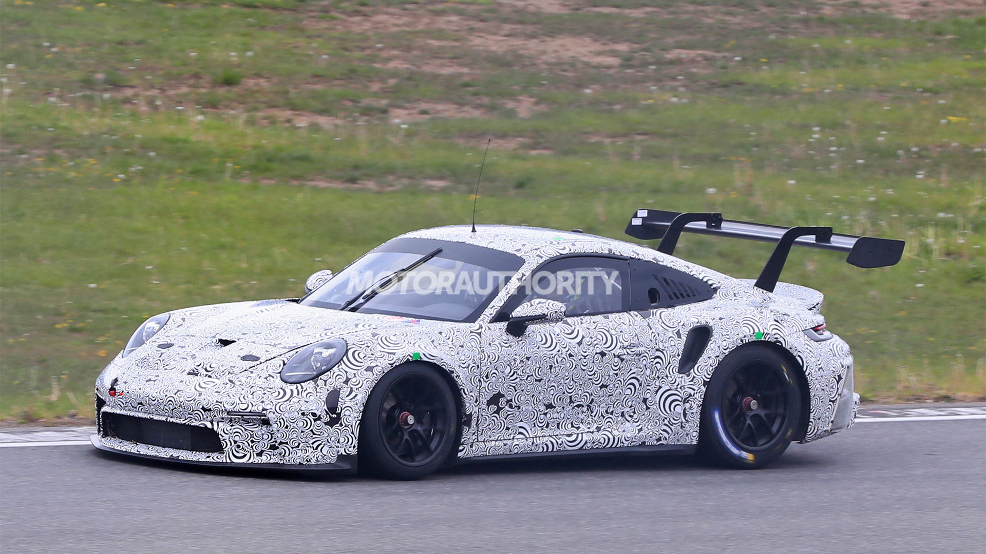 2022 Porsche 911 GT3 R race car spy shots - Photo credit:S. Baldauf/SB-Medien