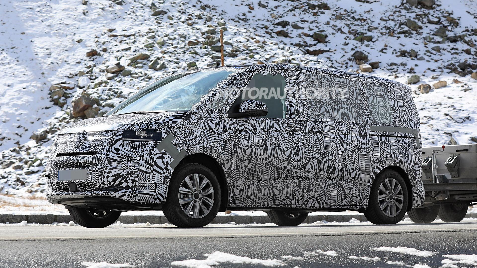 2021 Volkswagen Transporter (T7) spy shots - Photo credit: S. Baldauf/SB-Medien
