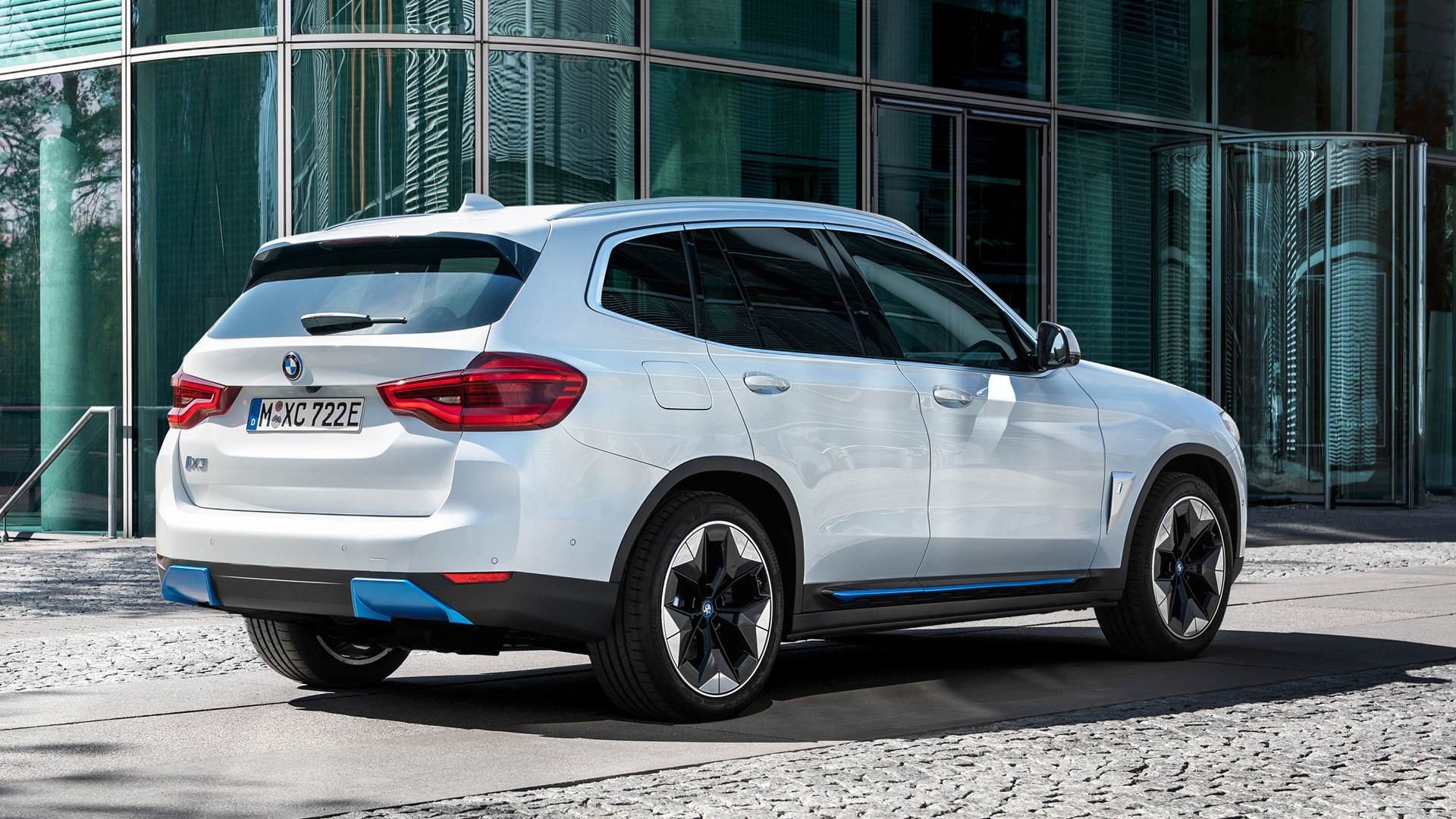 2021 bmw ix3 electric suv arrives with 80kwh battery