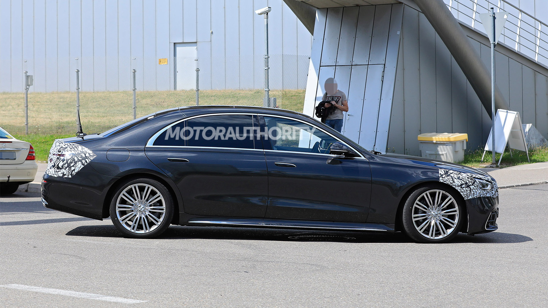 2021 Mercedes-Benz S-Class spy shots - Photo credit: S. Baldauf/SB-Medien
