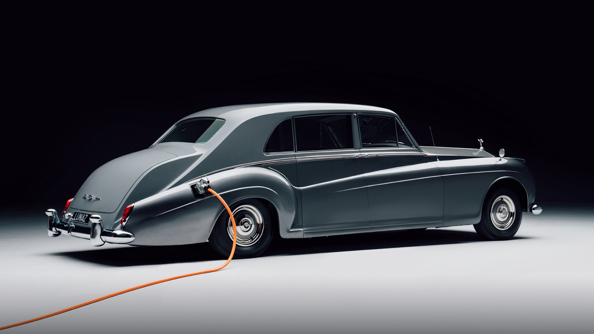 1961 Rolls-Royce Phantom EV conversion by Lunaz