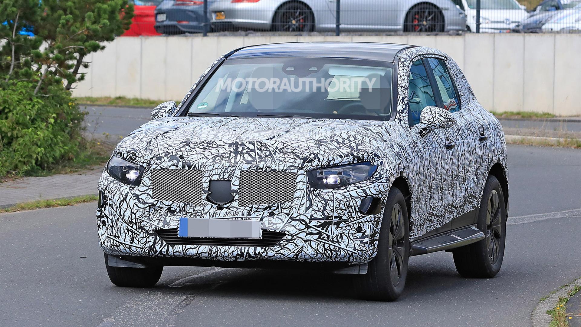 2023 Mercedes-Benz GLC spy shots - Photo credit: S. Baldauf/SB-Medien