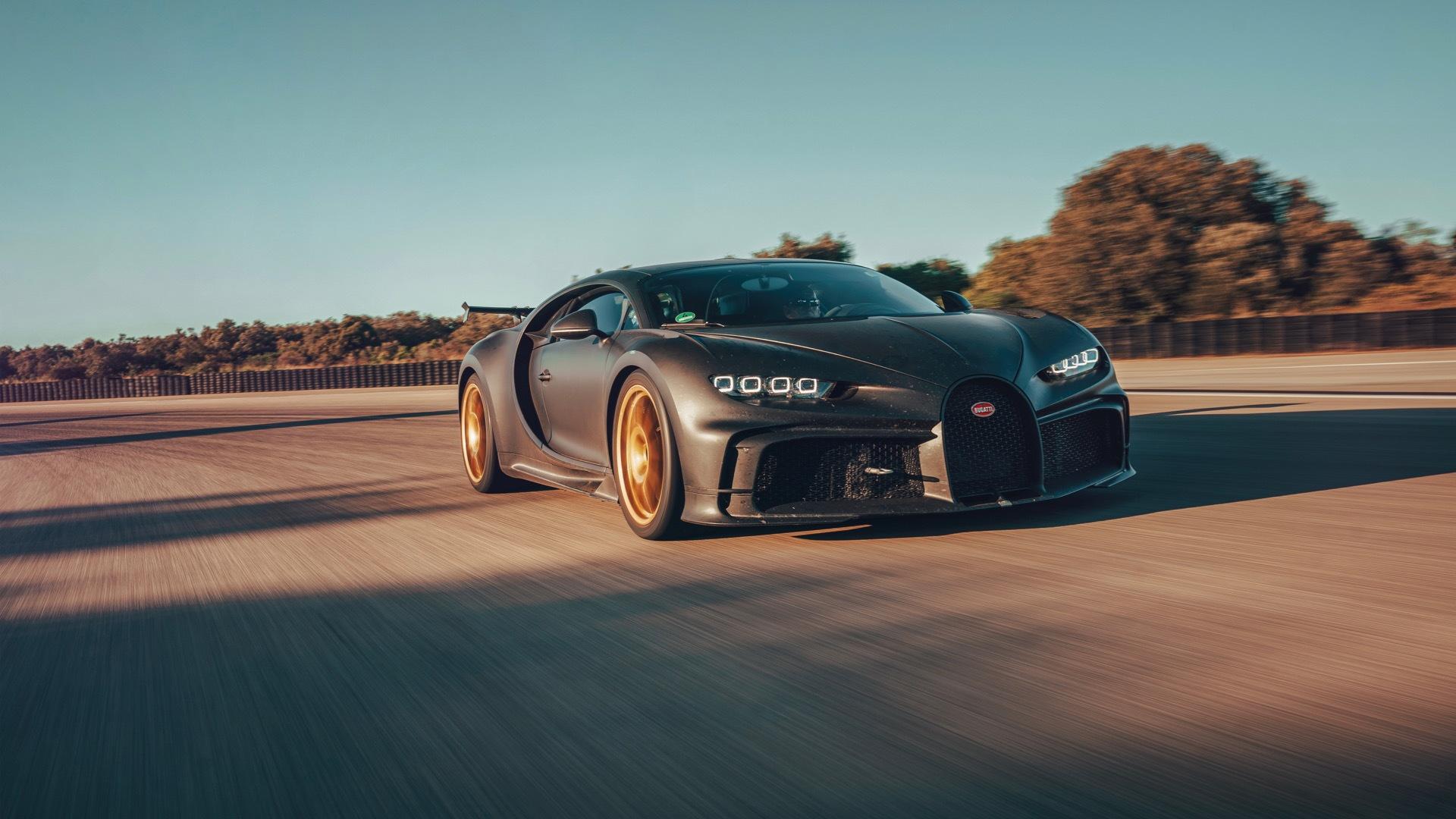 Bugatti Chiron Pur Sport testing at Nardo