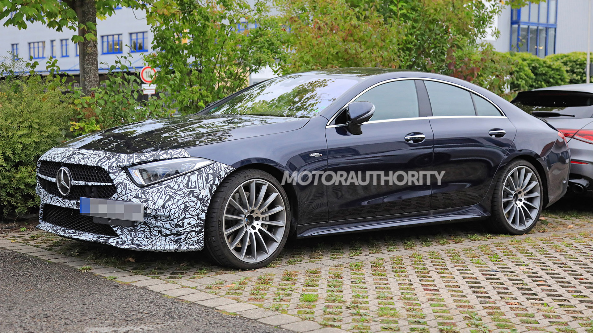 2022 Mercedes-AMG CLS53 facelift spy shots - Photo credit: S. Baldauf/SB-Medien