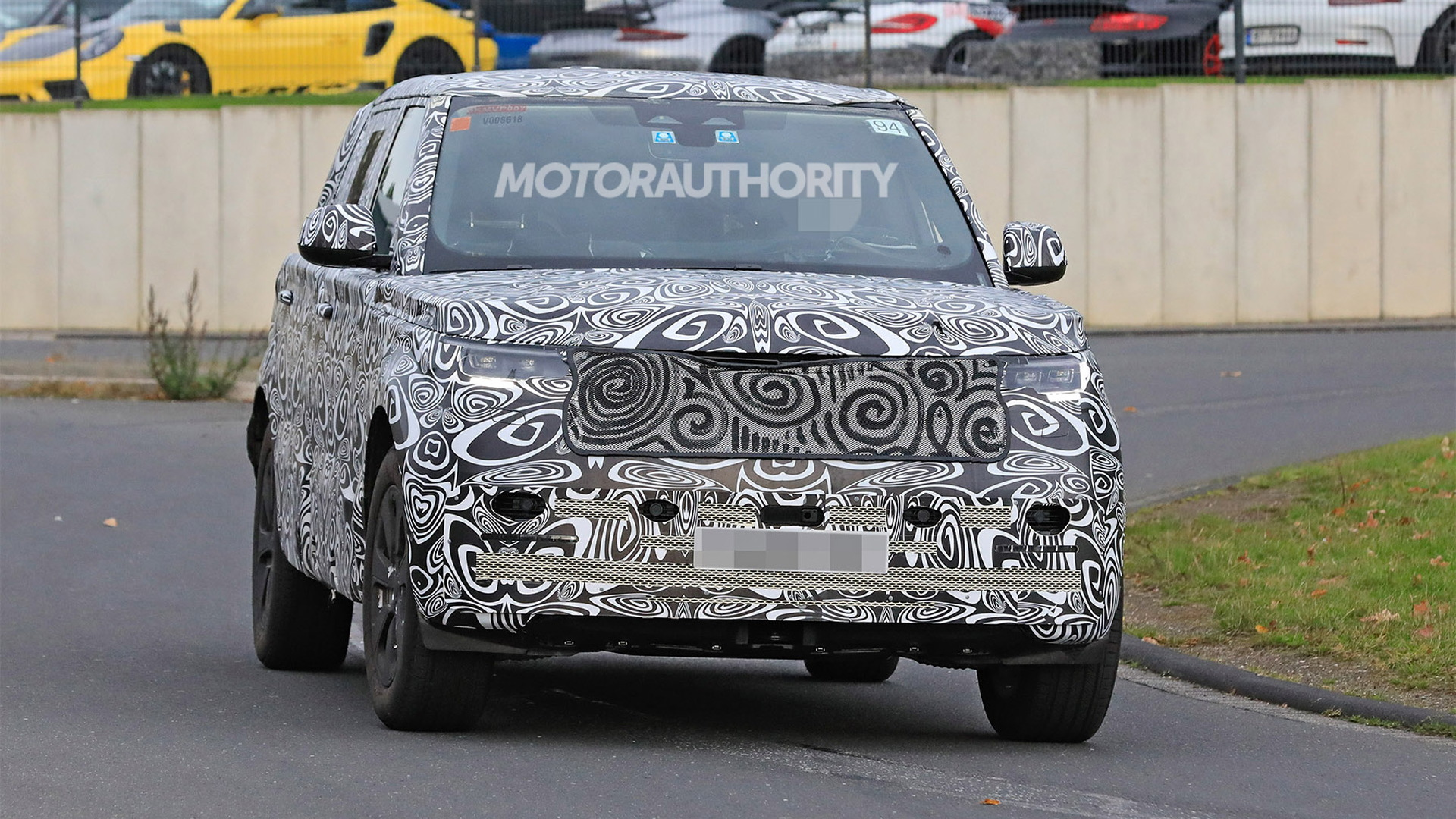 2023 Land Rover Range Rover Long Wheelbase spy shots - Photo credit: S. Baldauf/SB-Medien