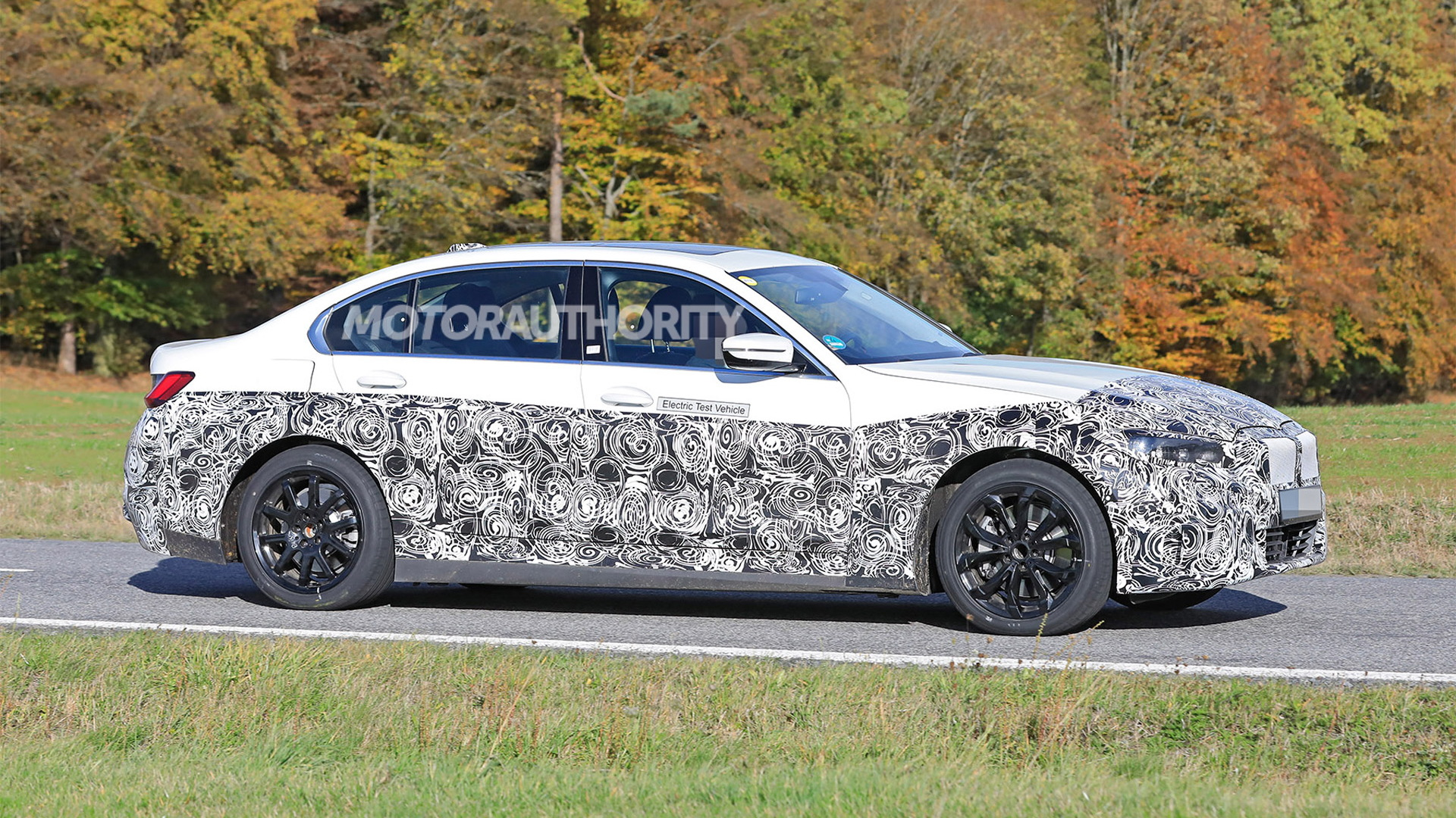 5 BMW 5-Series EV spy shots