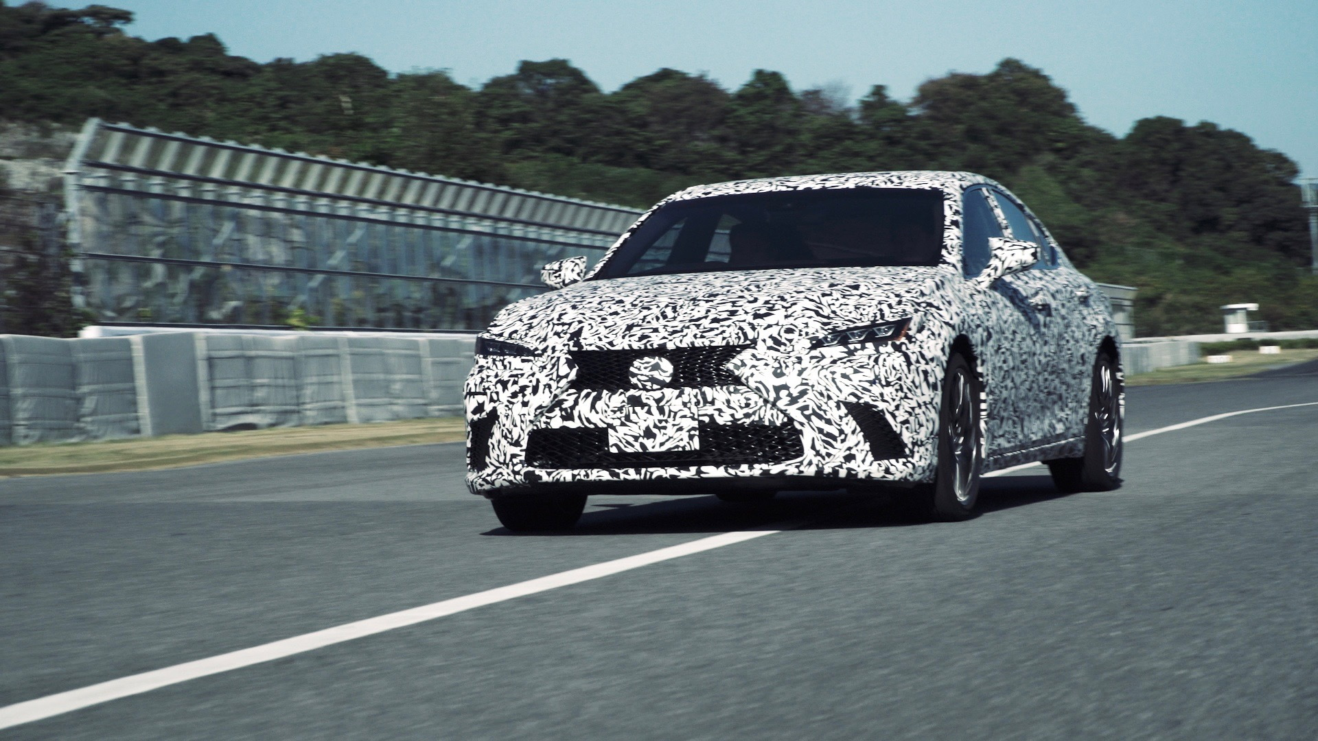Lexus DIRECT4 all-wheel drive system development mule