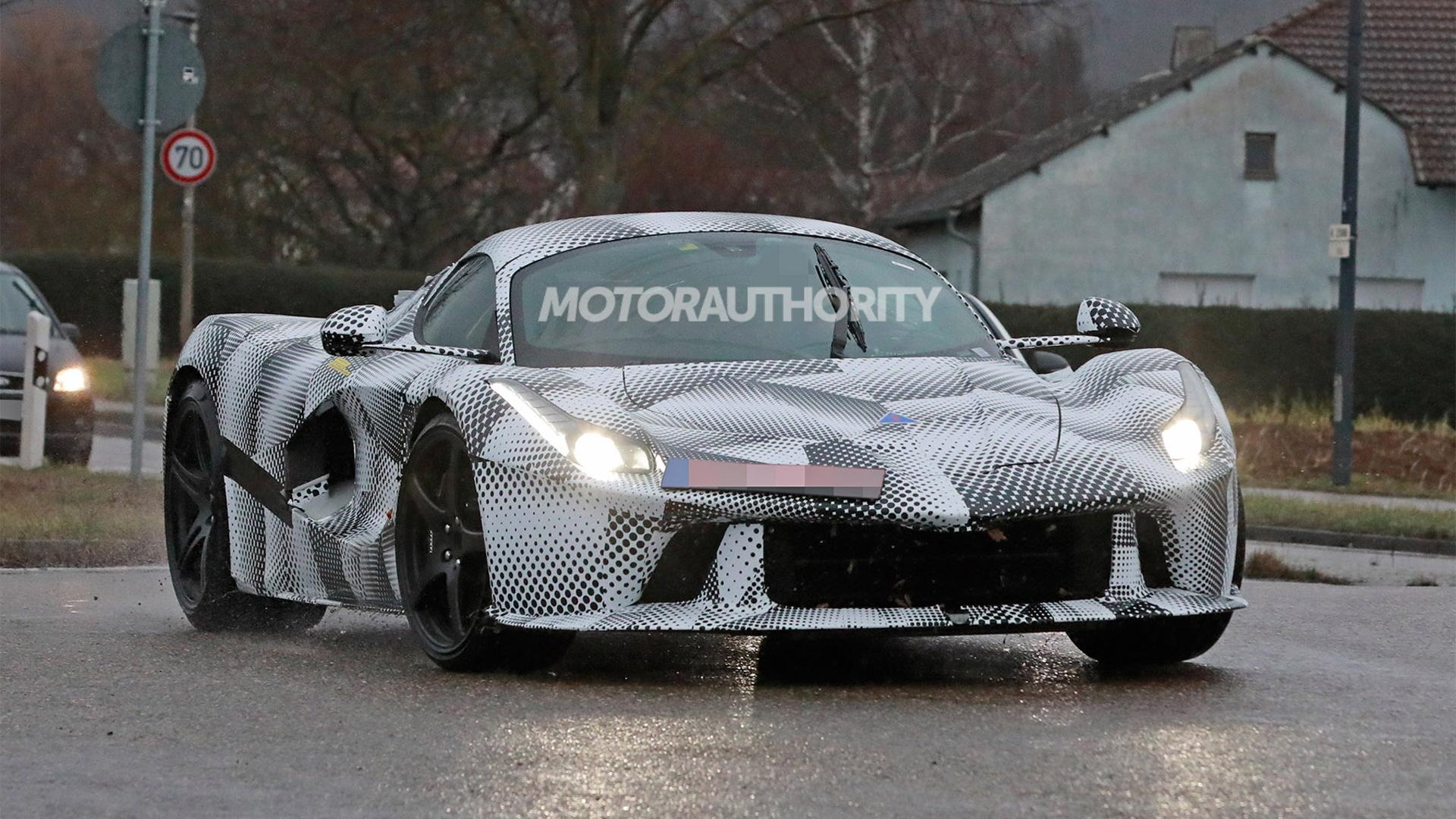 Ferrari Special Series test mule spy shots - Photo credit: S. Baldauf/SB-Medien