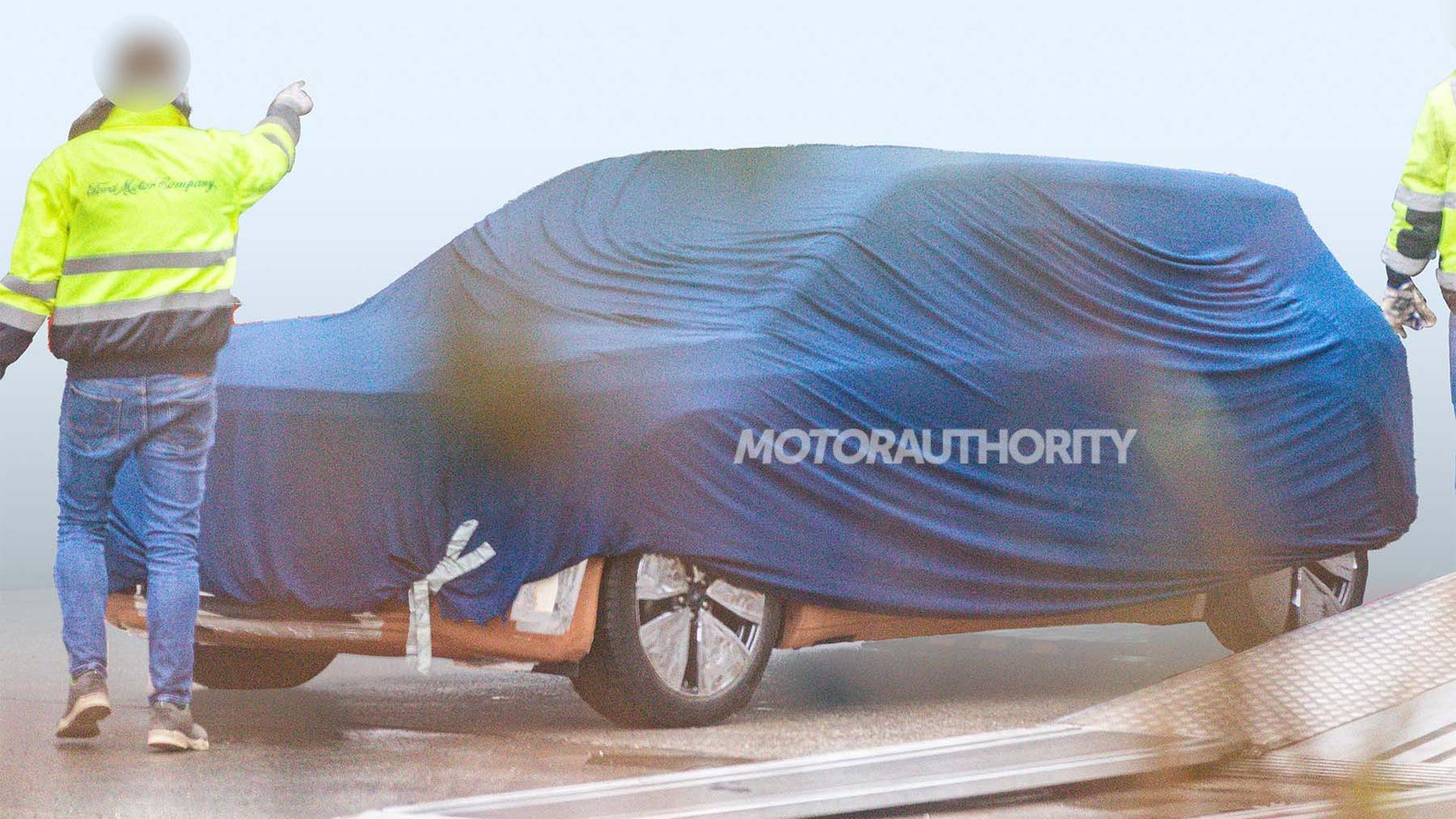 2023 Ford MEB-based electric crossover spy shots - Photo credit:S. Baldauf/SB-Medien