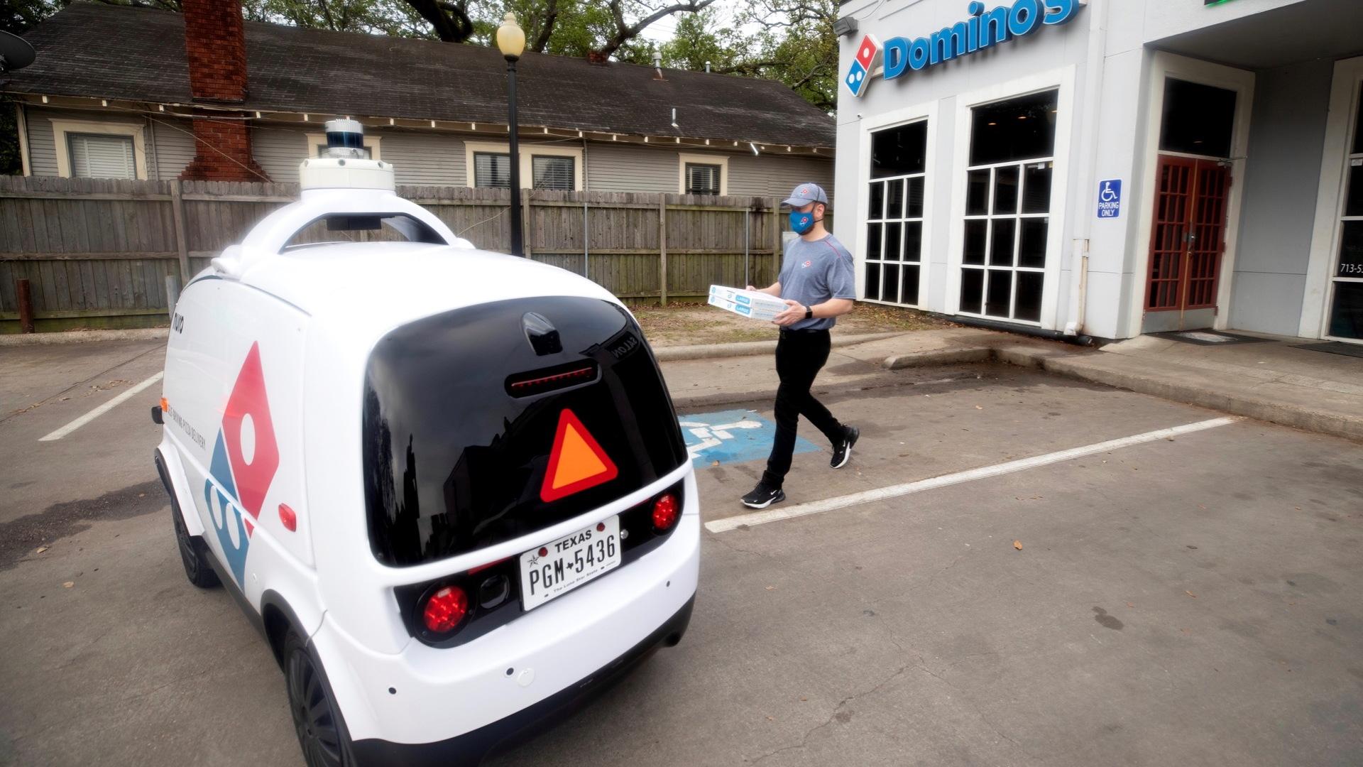 Nuro and Domino's autonomous pizza delivery