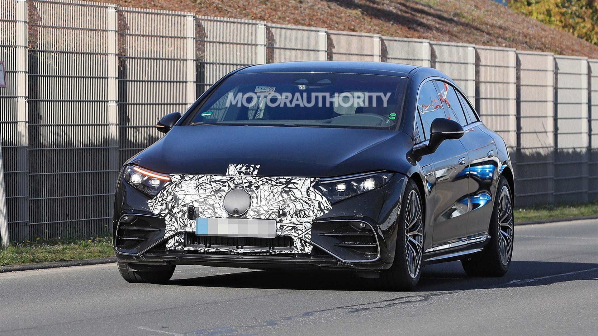 2022 Mercedes-Benz AMG EQS spy shots - Photo credit:S. Baldauf/SB-Medien