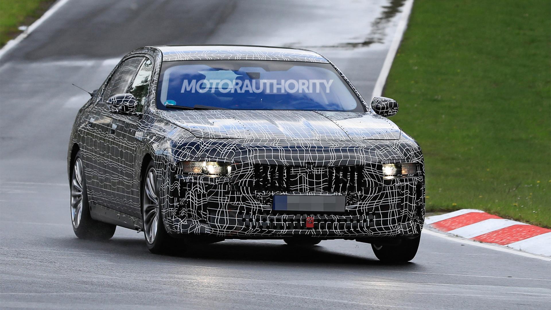 2023 BMW 7-Series spy shots - Photo credit:S. Baldauf/SB-Medien