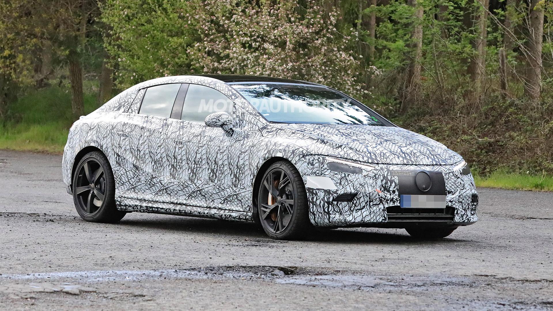 2023 Mercedes-Benz AMG EQE spy shots - Photo credit:S. Baldauf/SB-Medien