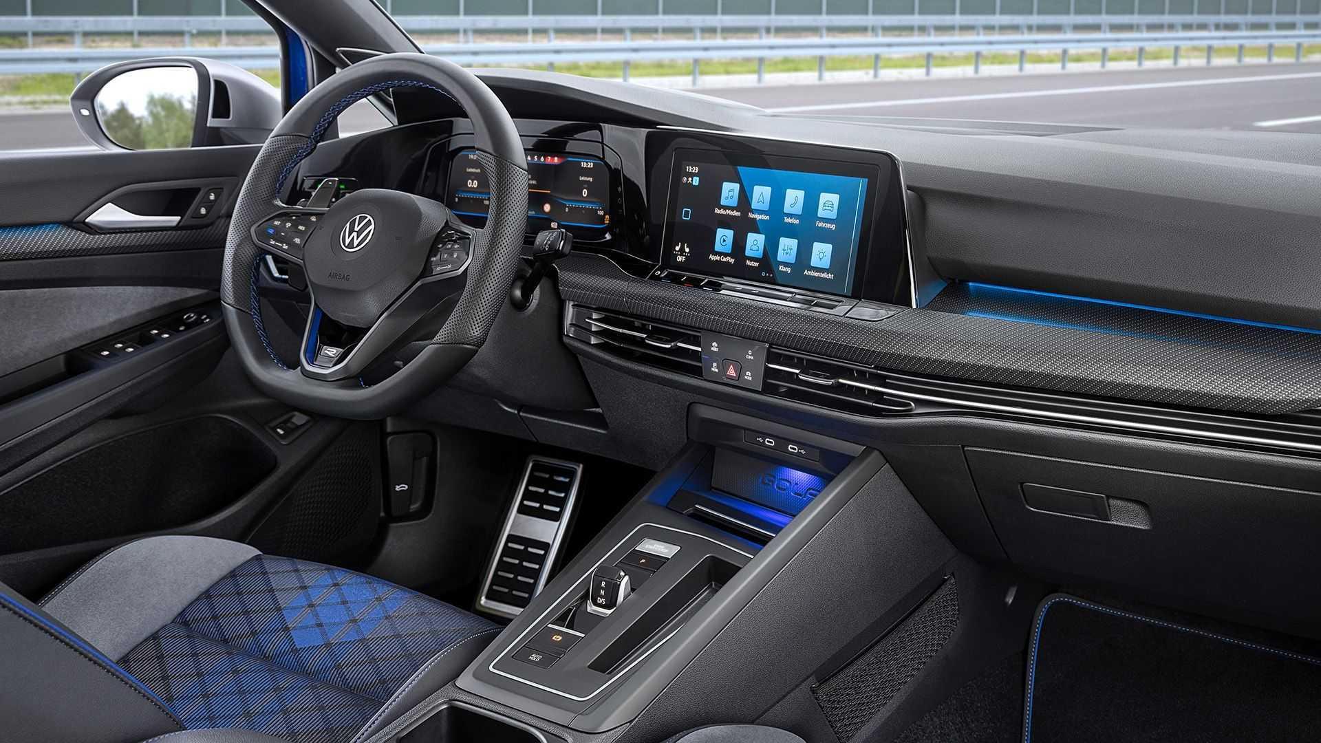 2022 Volkswagen Golf R Variant