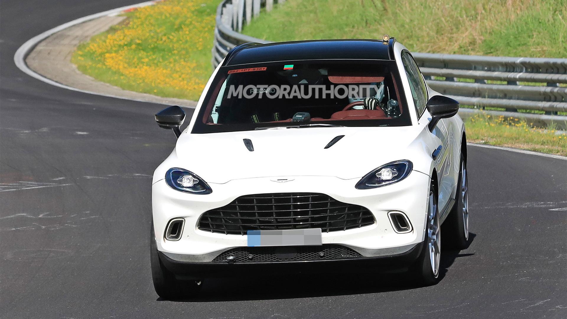 2023 Aston Martin DBX mild-hybrid spy shots - Photo credit: S. Baldauf/SB-Medien