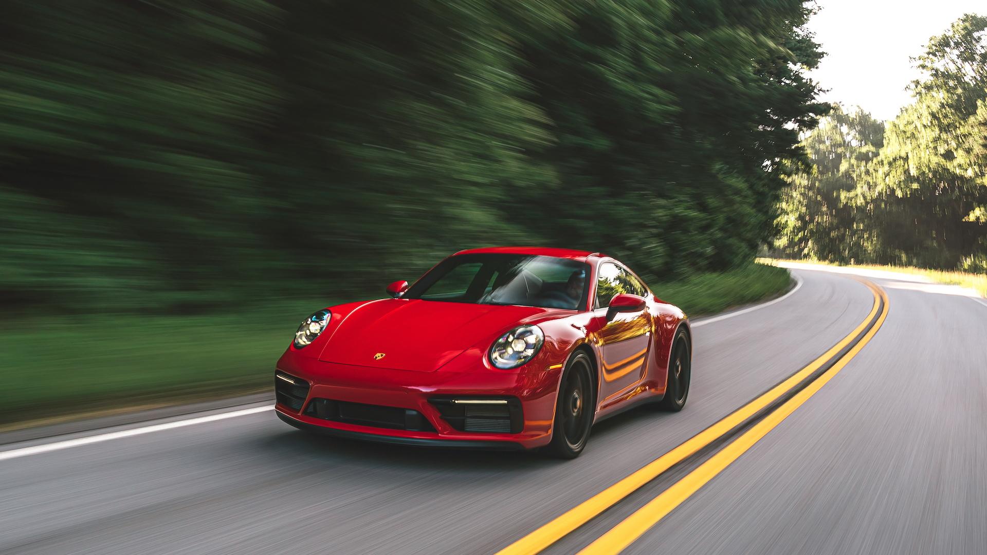 2022 Porsche 911 GTS coupe
